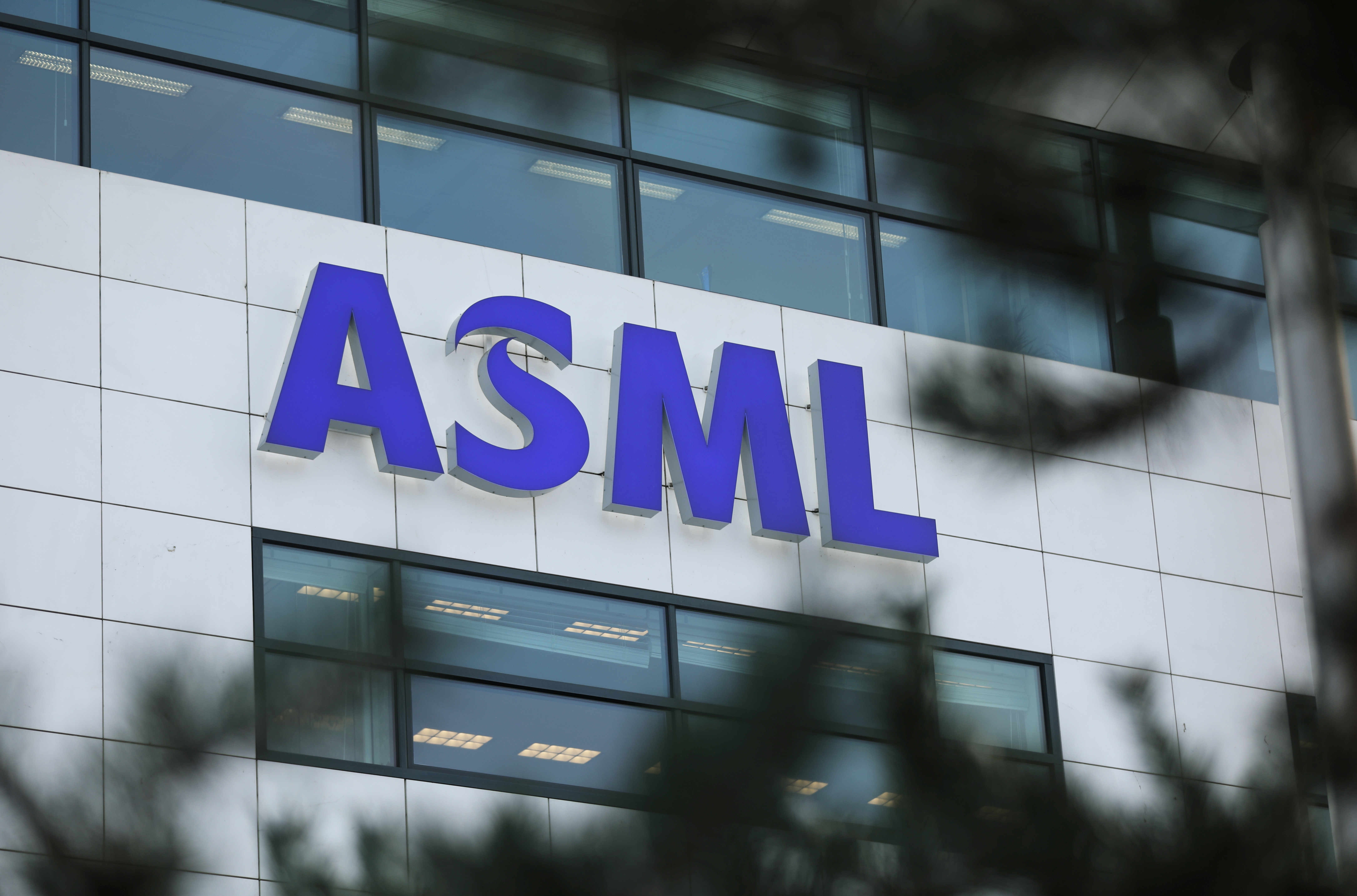 ASML Holding logo is seen at company's headquarters in Eindhoven, Netherlands, January 23, 2019. REUTERS/Eva Plevier