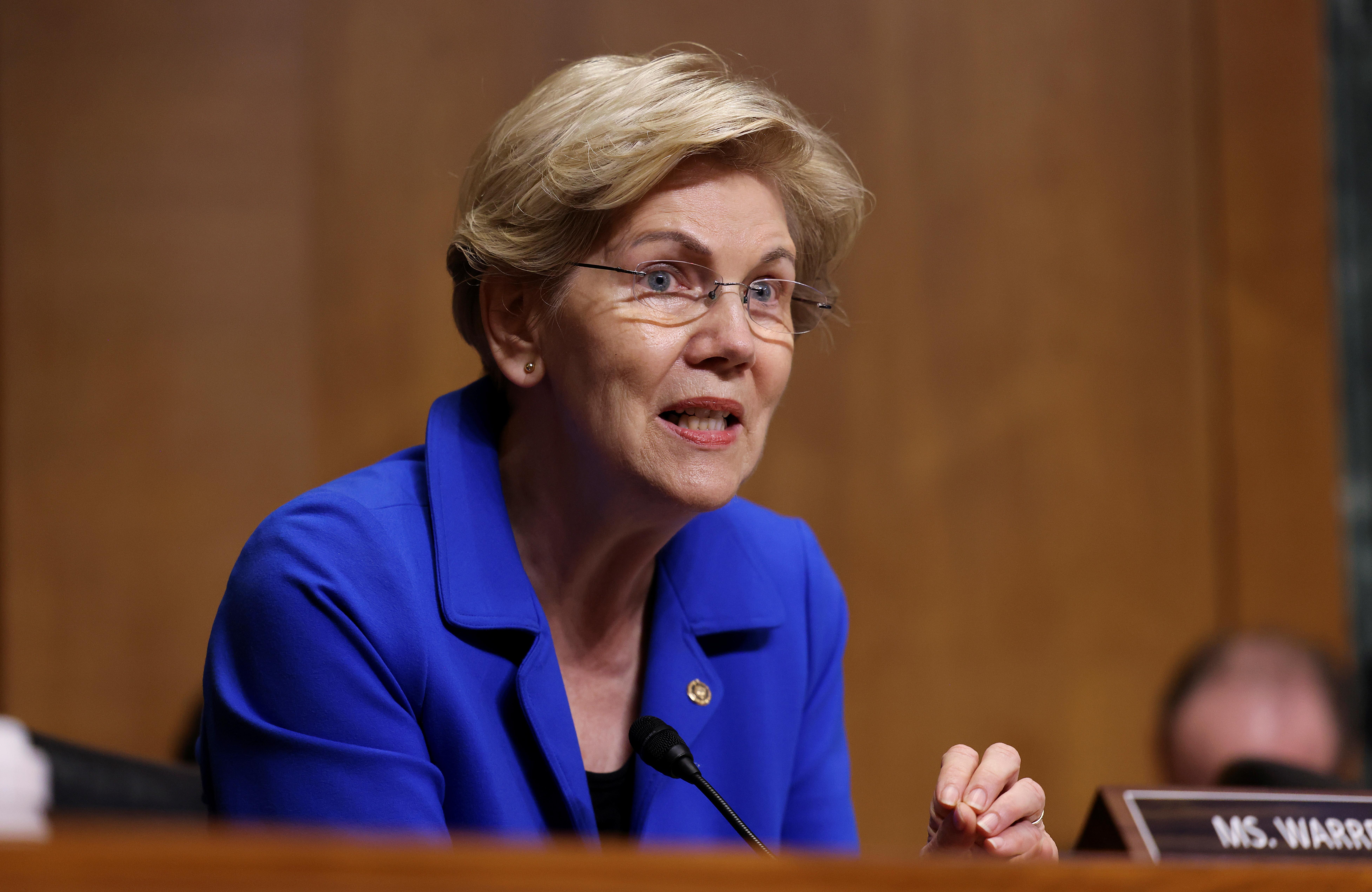 U.S. Senator Elizabeth Warren (D-MA) speaks during a Senate Finance Committee hearing on the IRS budget request on Capitol Hill in Washington U.S., June 8, 2021. REUTERS/Evelyn Hockstein/Pool