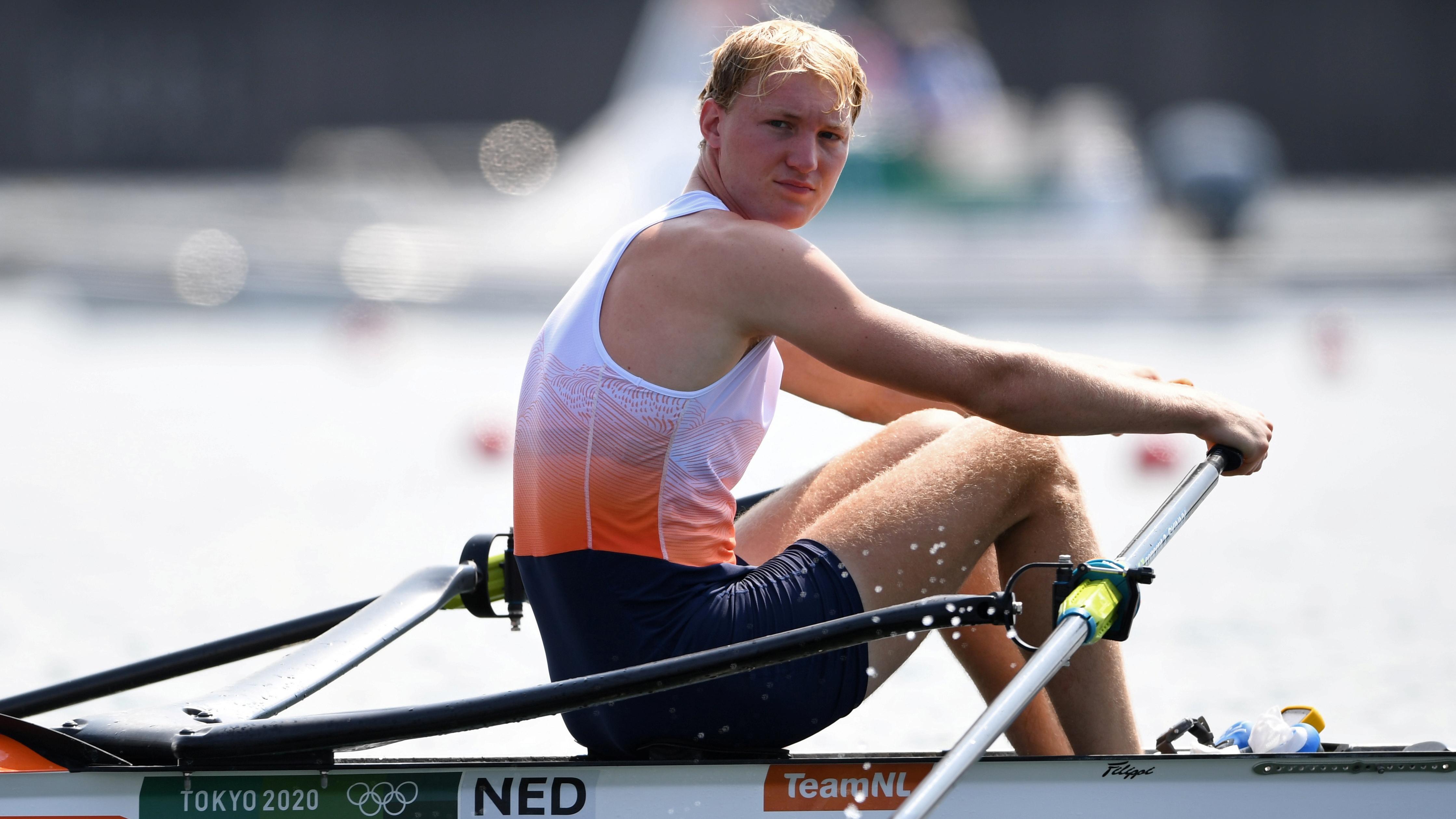 Tokyo 2020 Olympics - Rowing - Men's Single Sculls - Heats - Sea Forest Waterway, Tokyo, Japan - July 23, 2021. Finn Florijn of the Netherlands before competing REUTERS/Piroschka Van De Wouw