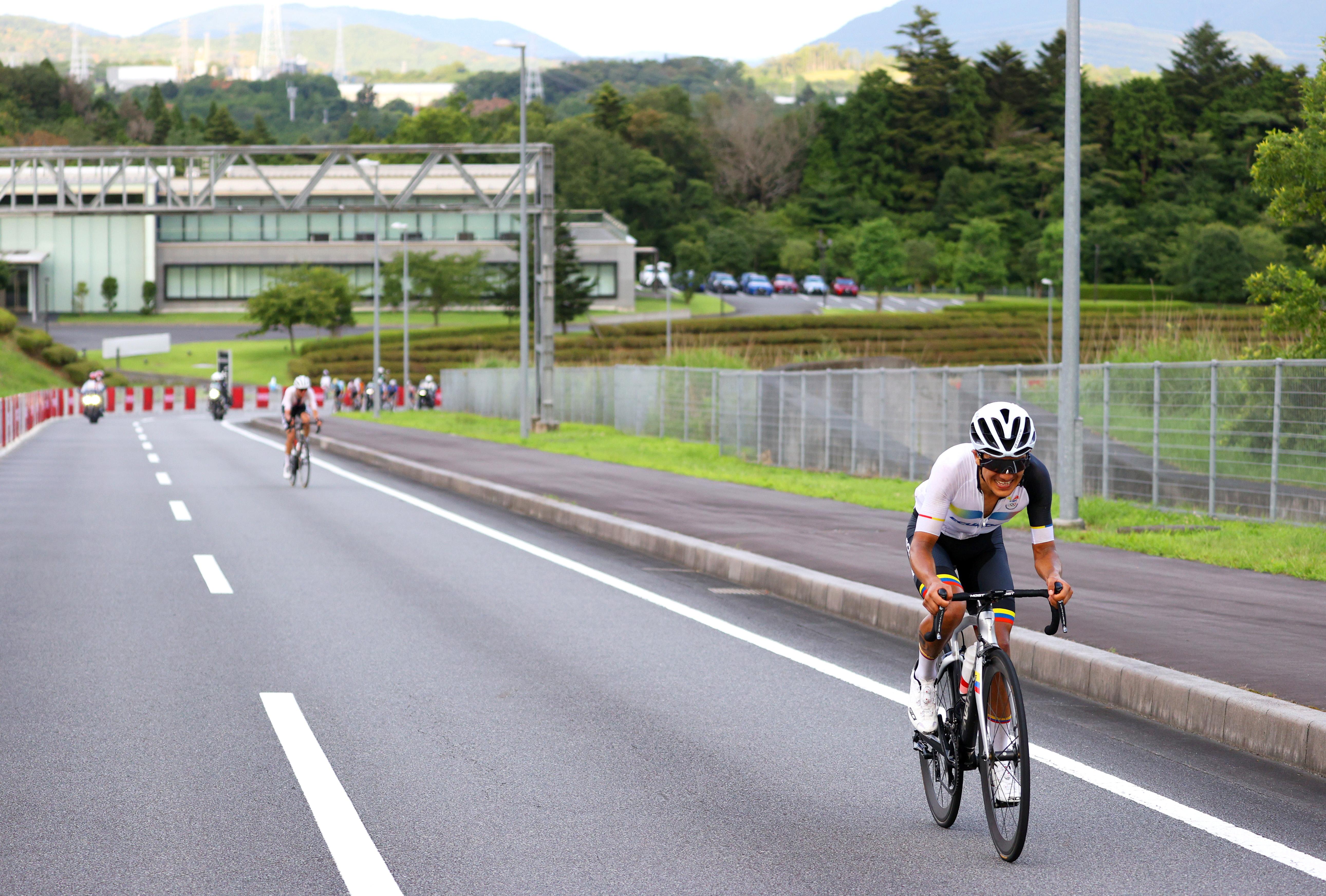 Tokyo 2020 Olympics - Cycling - Road - Men's Road Race - Final - Tokyo to Fuji International Speedway, Japan - July 24, 2021. Richard Carapaz of Ecuador in action during the Men's Road Race.  Pool via Reuters/Tim de Waele