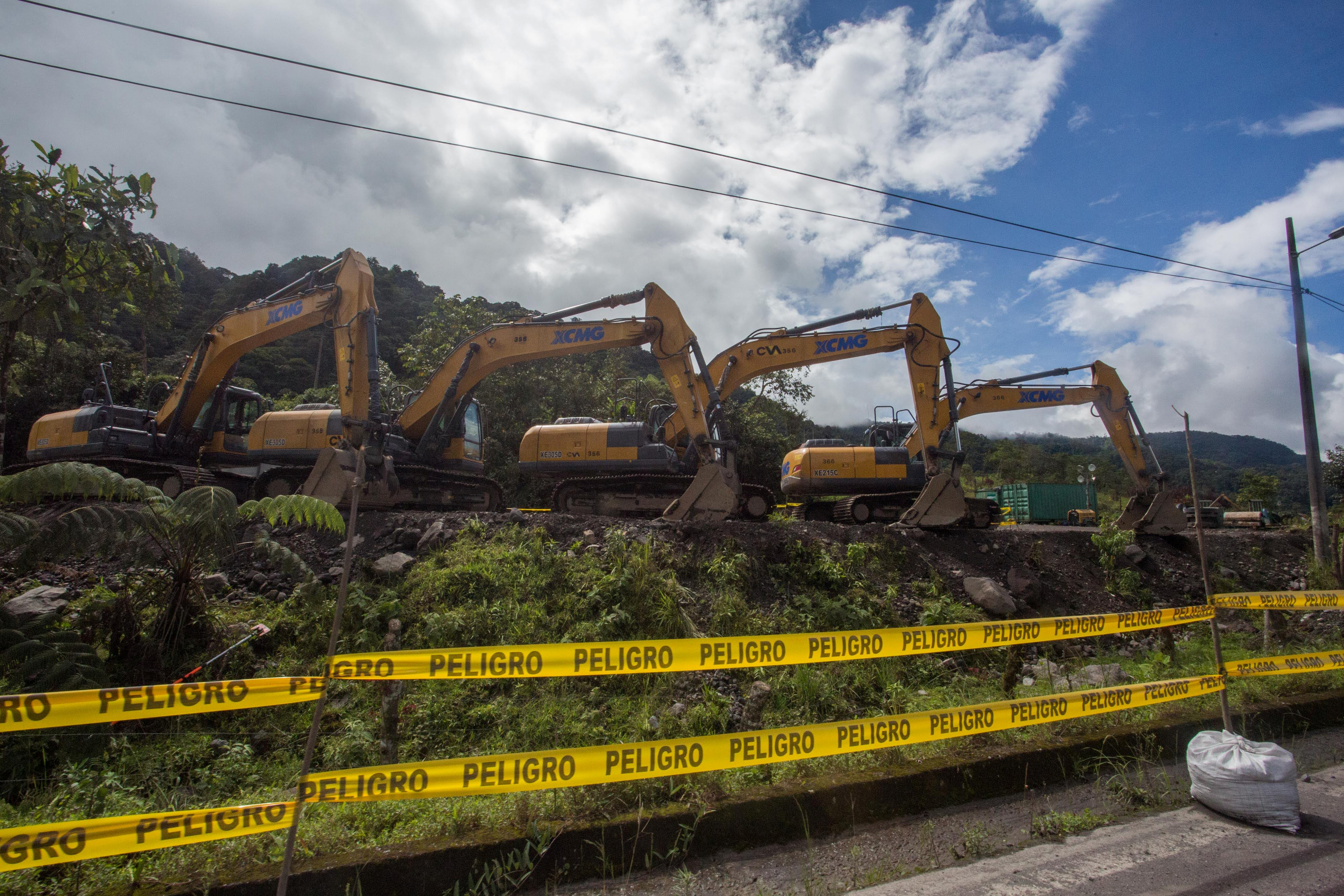 Bulldozers are seen parked during repair works of a damaged pipeline that caused an oil spill, in El Reventador, Ecuador May 19, 2020. Ivan Castaneira/Amazon Watch/Handout via REUTERS