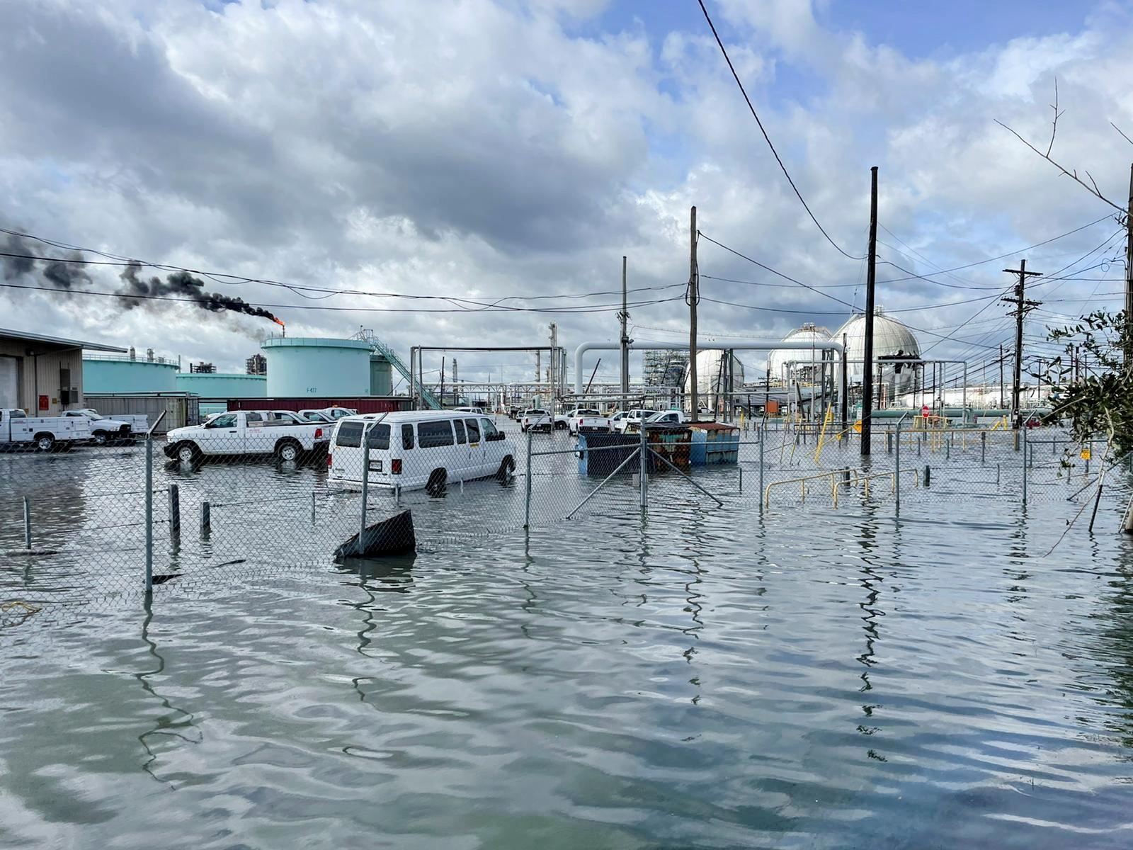 The Shell Norco manufacturing facility is flooded after Hurricane Ida pummeled Norco, Louisiana, U.S., Aug. 30, 2021. REUTERS/Devika Krishna Kumar/File Photo