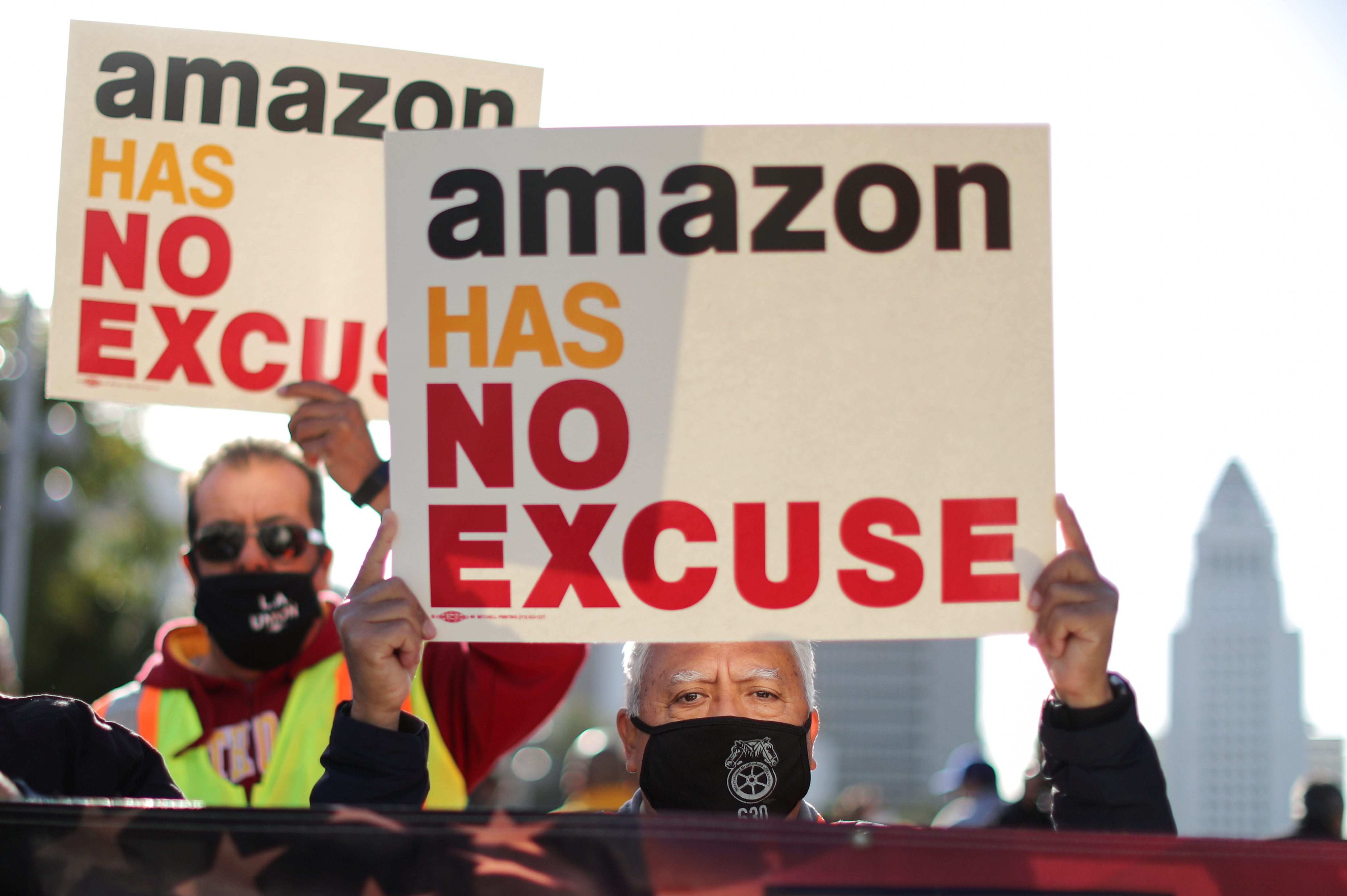 People protest in support of the unionizing efforts of the Alabama Amazon workers, in Los Angeles, California, U.S., March 22, 2021. REUTERS/Lucy Nicholson
