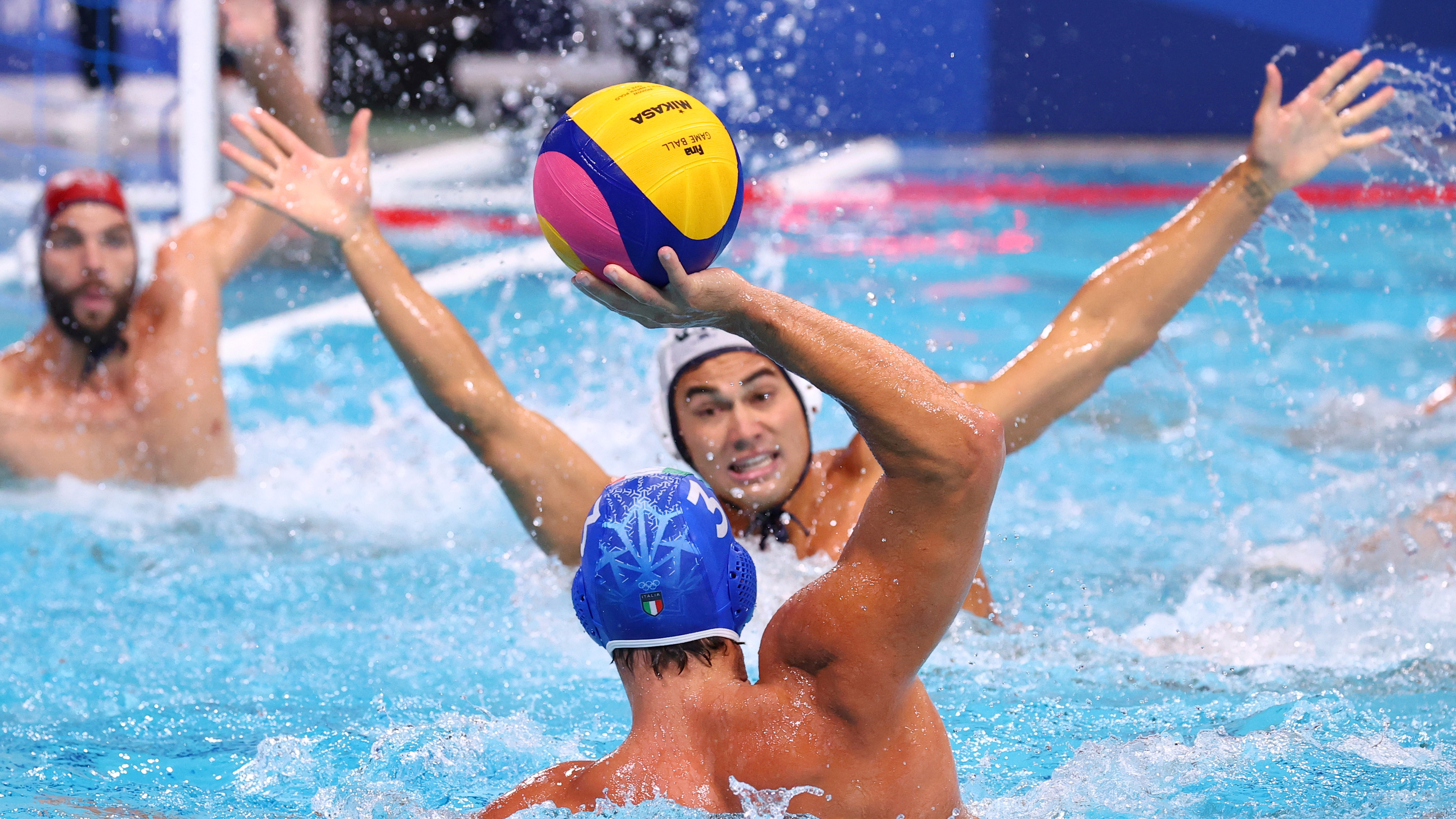 Tokyo 2020 Olympics - Water Polo - Men - Group A - United States v Italy - Tatsumi Water Polo Centre, Tokyo, Japan - July 29, 2021. Stefano Luongo of Italy in action. REUTERS/Kacper Pempel