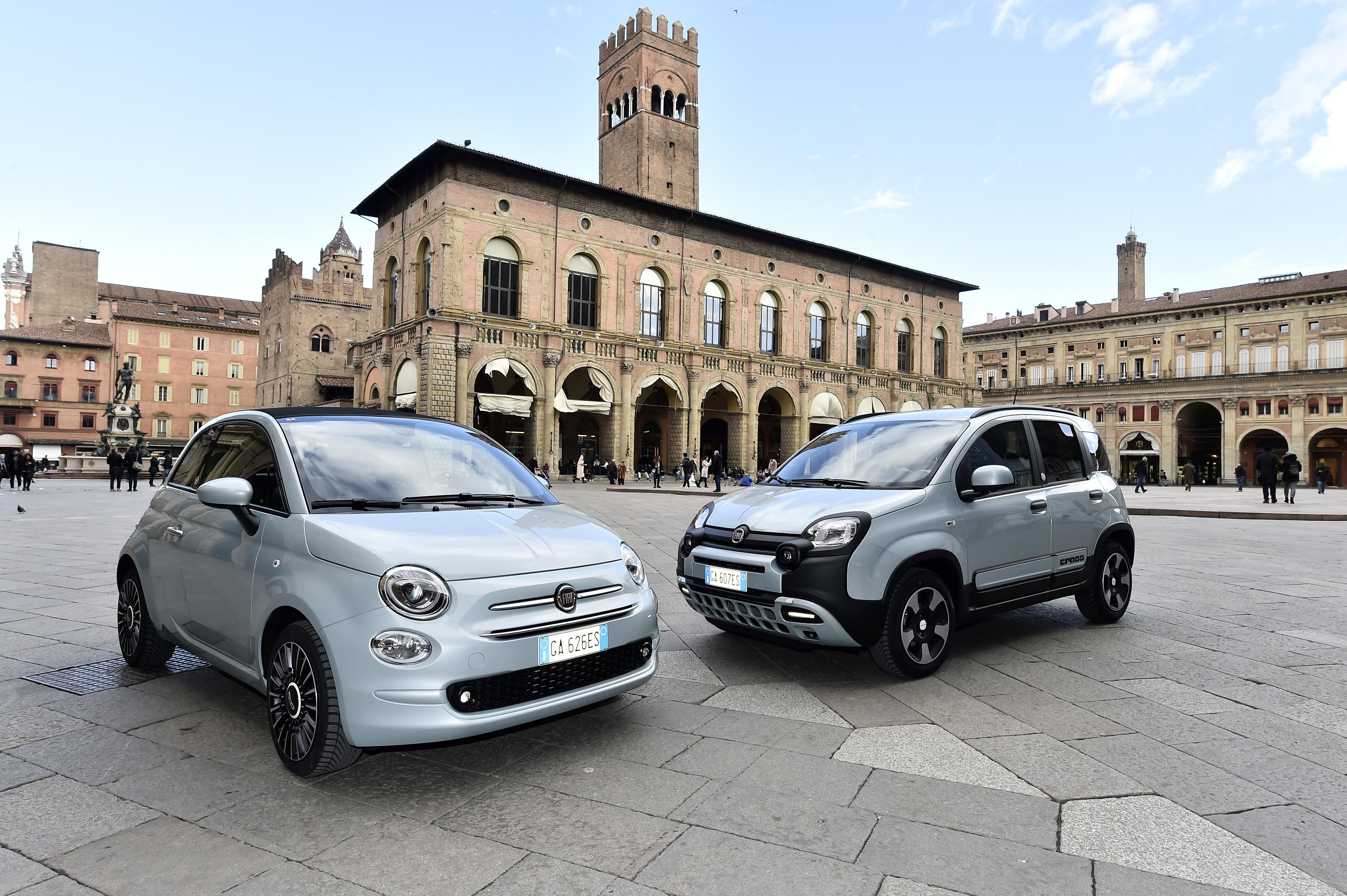 New Fiat Panda and Fiat 500 mild-hybrid cars are seen in piazza Maggiore, in Bologna, Italy, February 4, 2020. REUTERS/Flavio Lo Scalzo/File Photo