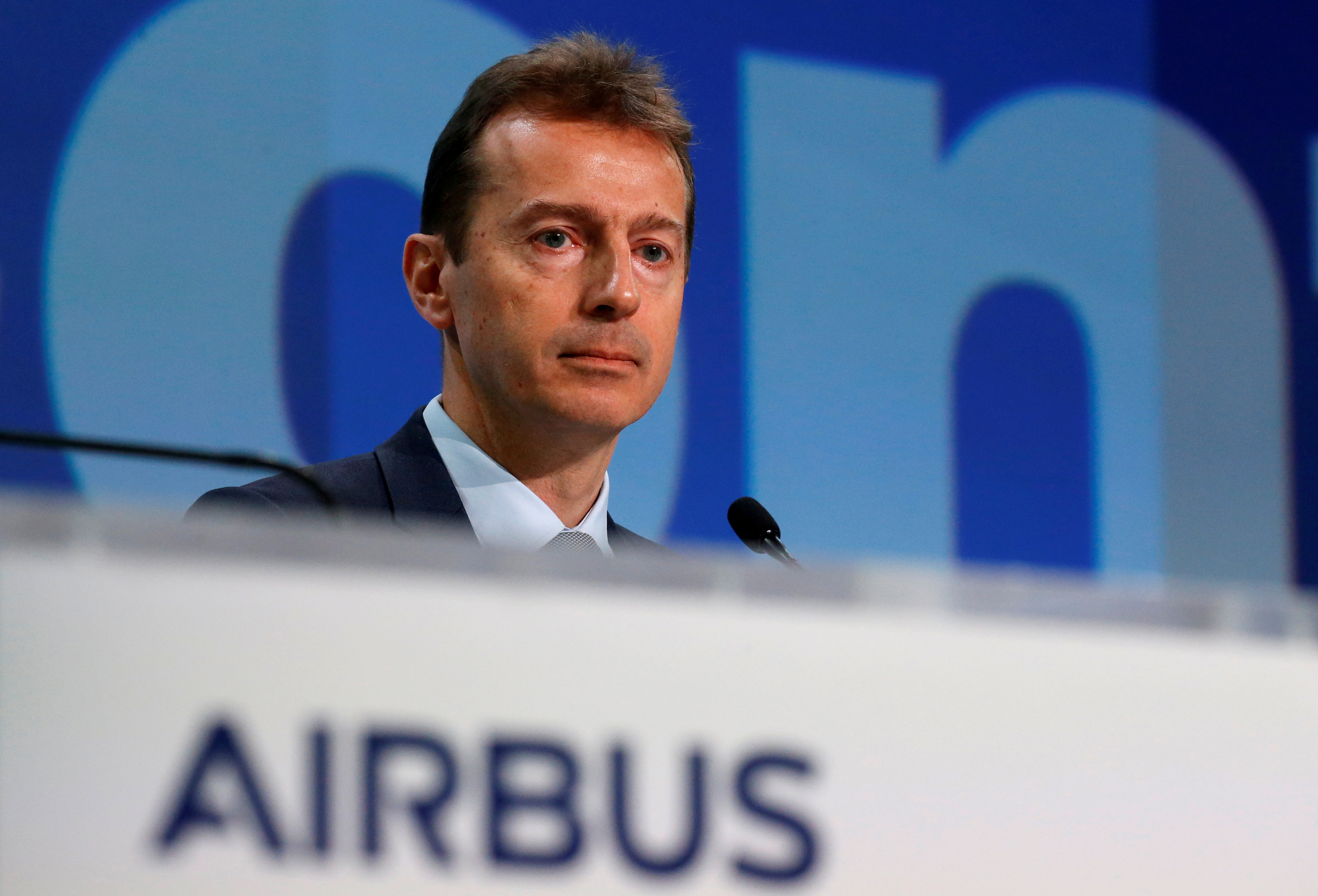 Airbus CEO Guillaume Faury attends Airbus's annual news conference on 2019 results in Blagnac near Toulouse, France, February 13, 2020.  REUTERS/Regis Duvignau/File Photo