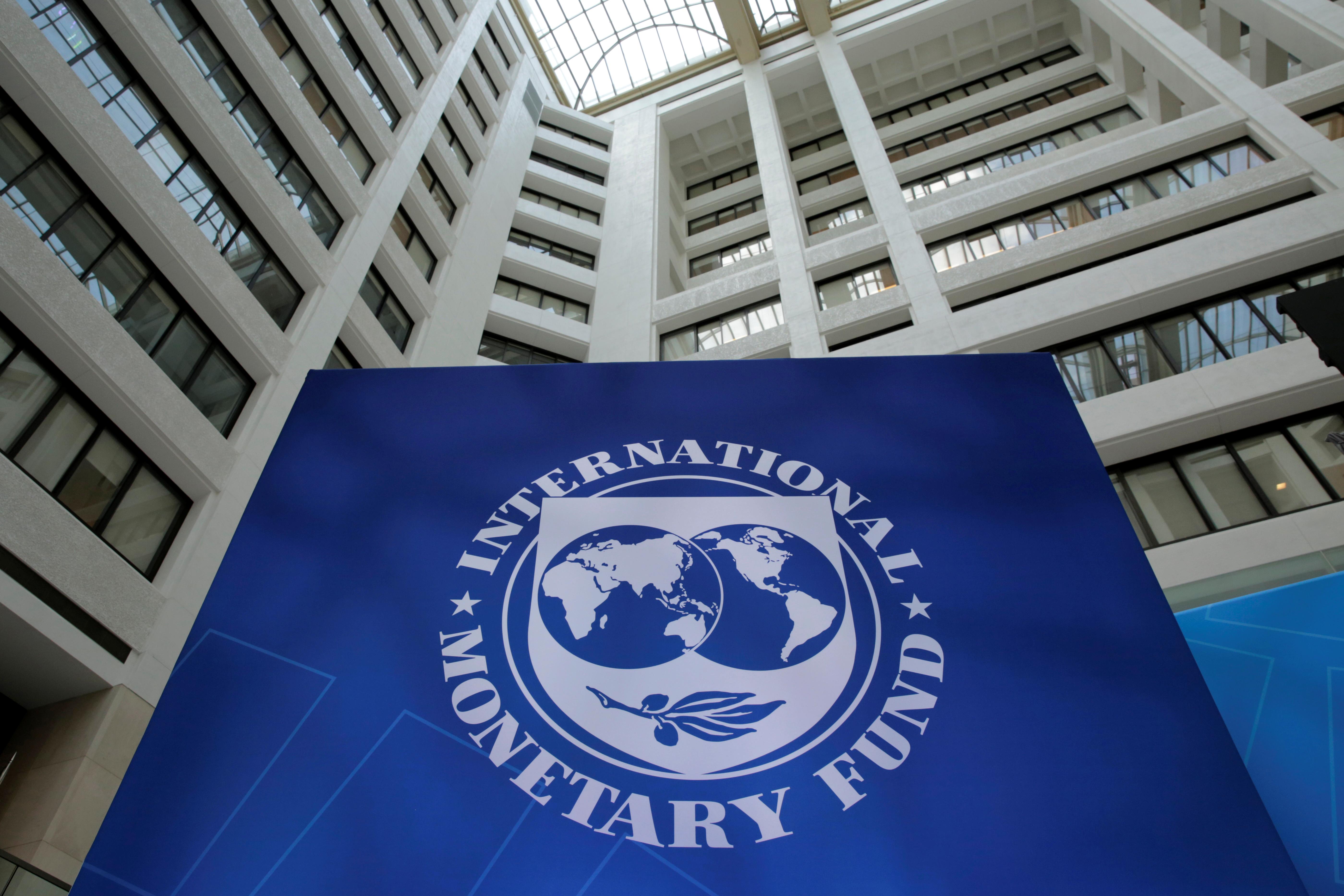 The IMF logo is pictured in Washington, U.S., April 21, 2017. REUTERS/Yuri Gripas