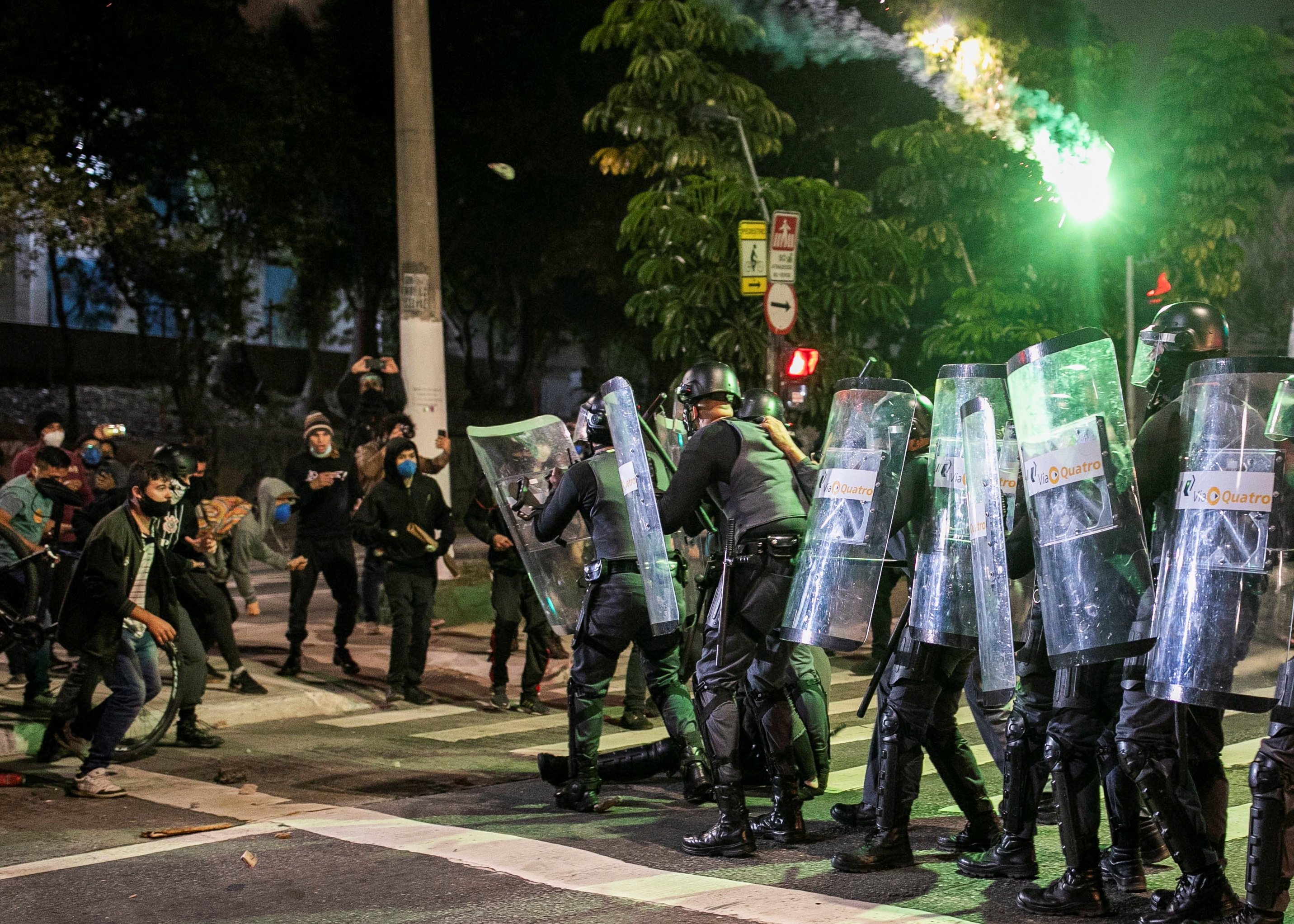 Riot police clash with demonstrators during a protest against Brazil's President Jair Bolsonaro, in Sao Paulo, Brazil, July 3, 2021. REUTERS/Roosevelt Cassio