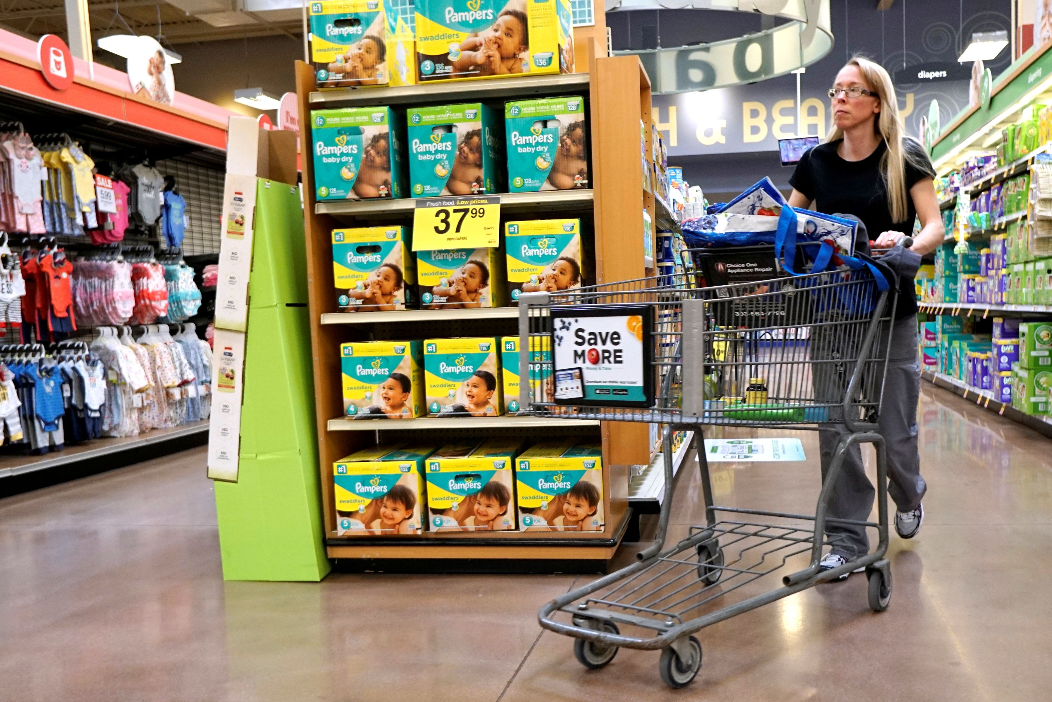 A display of Pampers diapers are seen on sale in Denver February 16, 2017.  REUTERS/Rick Wilking