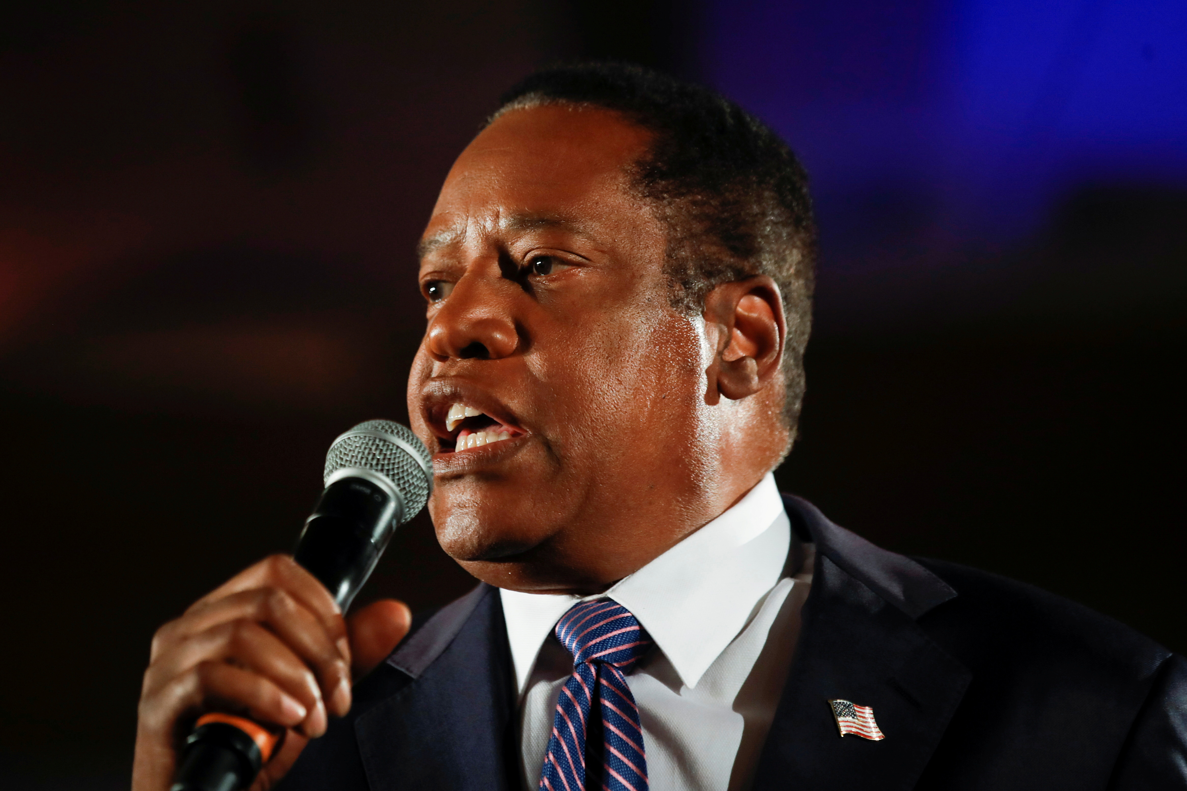 Republican gubernatorial candidate Larry Elder speaks after the polls close on the recall election in Costa Mesa, California, U.S., September 14, 2021. REUTERS/Mike Blake