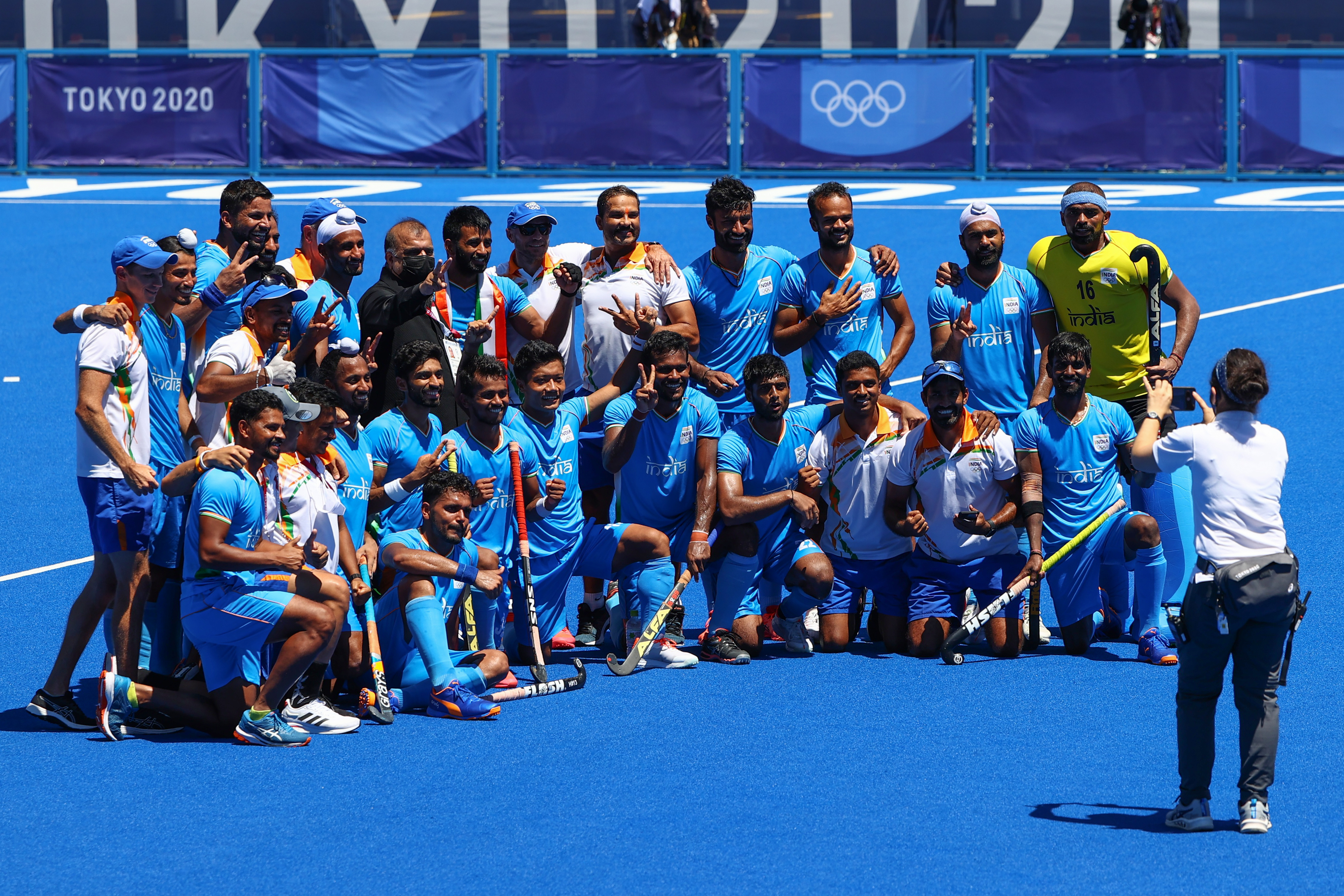 Hockey-India win bronze after dramatic victory over Germany | Reuters
