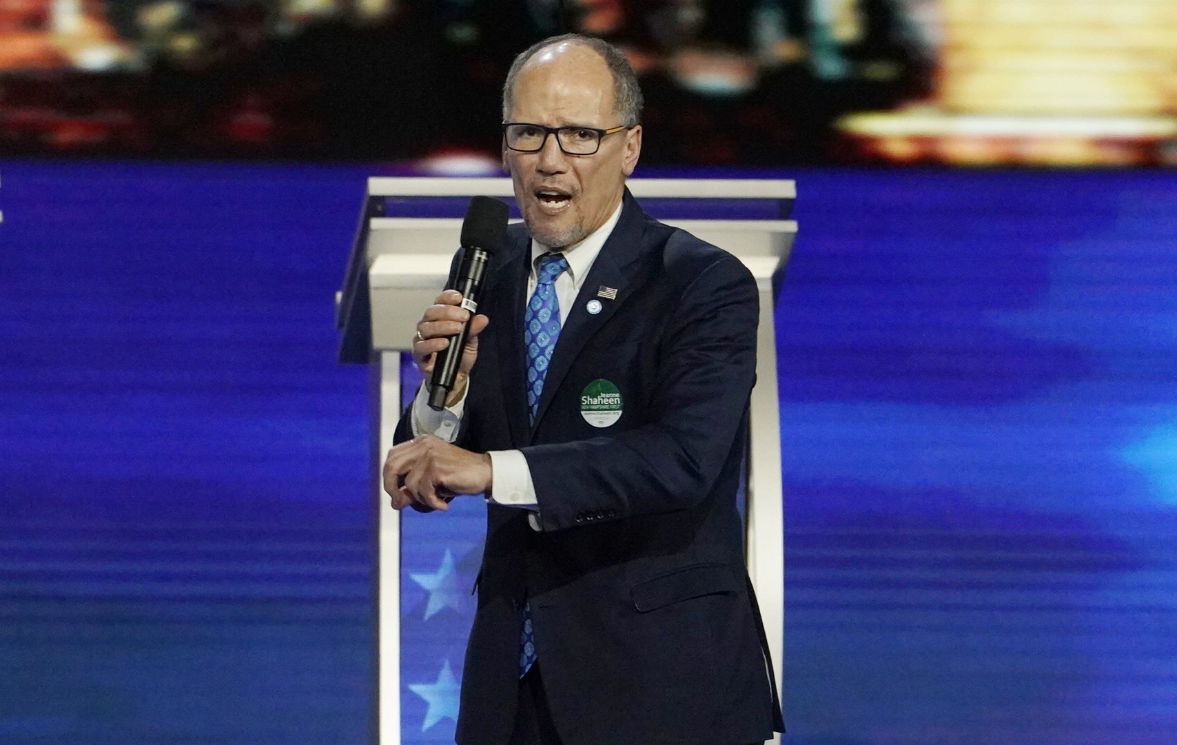 Democratic National Committee Chairman Tom Perez speaks to the crowd before the start of the Democratic 2020 U.S. presidential candidates debate in Manchester, New Hampshire, U.S., February 7, 2020. REUTERS/Brian Snyder