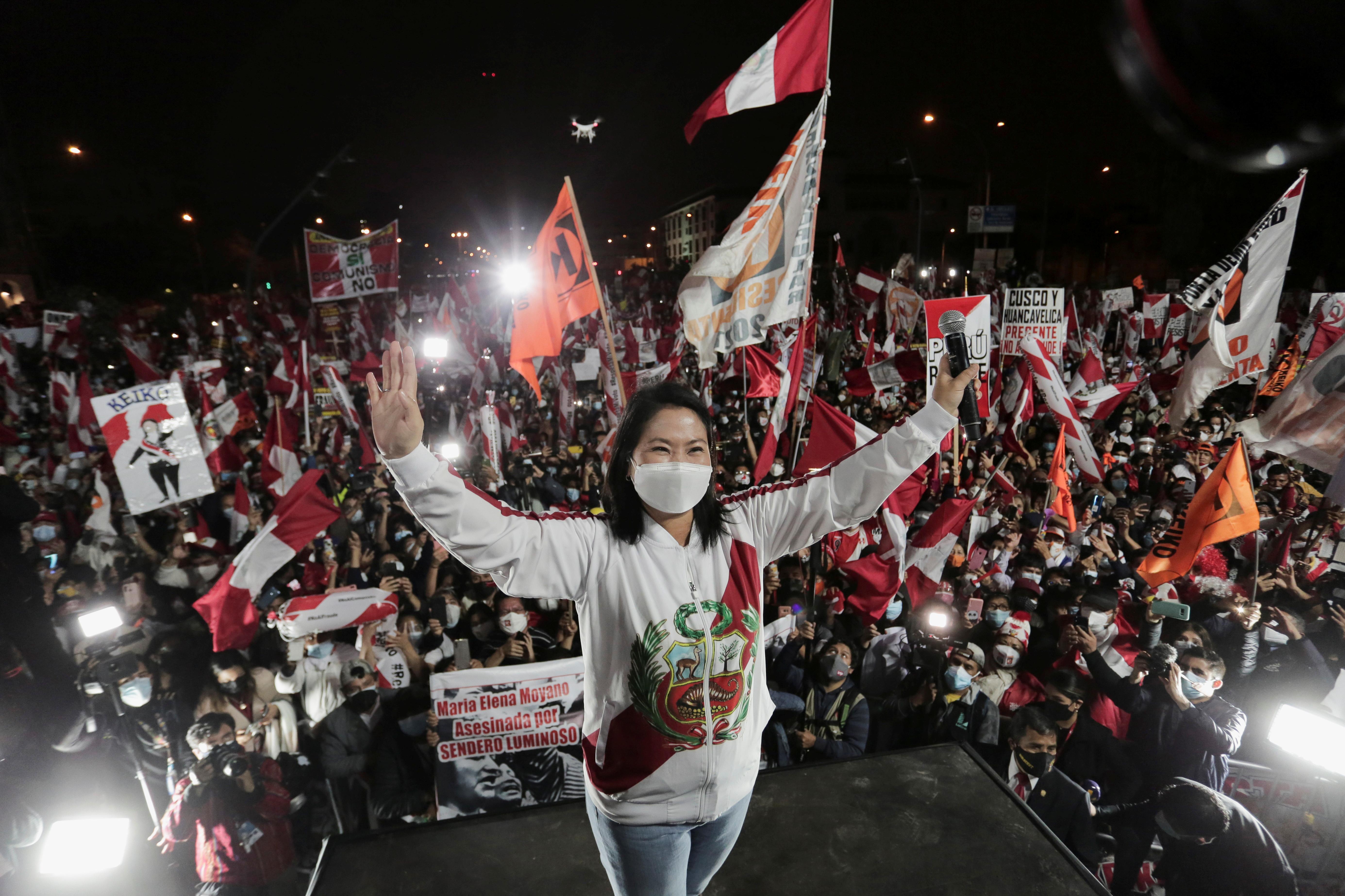 Peru's presidential candidate Keiko Fujimori gestures to supporters in Lima, Peru June 19, 2021. REUTERS/Gerardo Marin