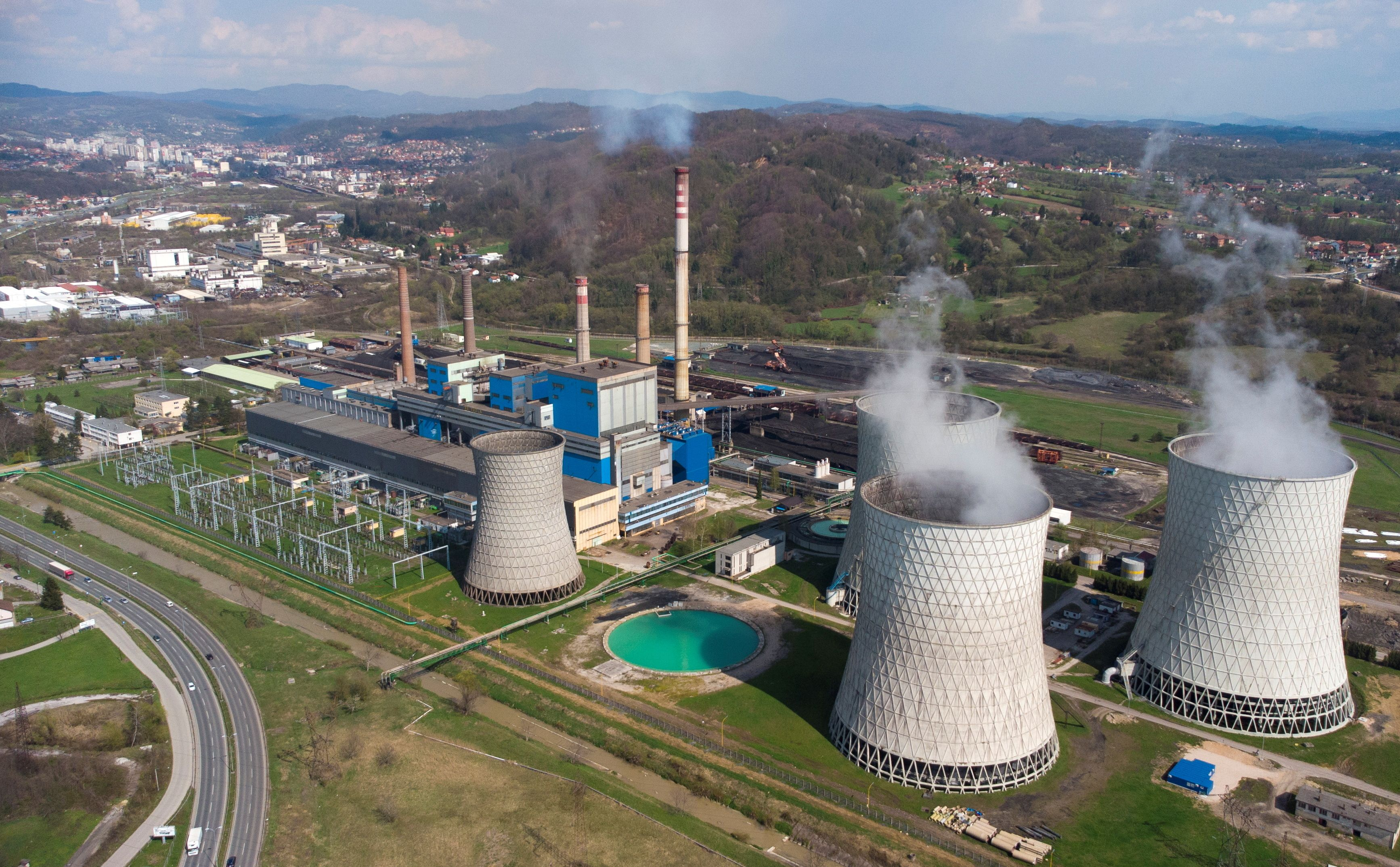 Aerial view of the thermal power plant in Tuzla, Bosnia and Herzegovina April 21, 2021. REUTERS/Dado Ruvic/File Photo