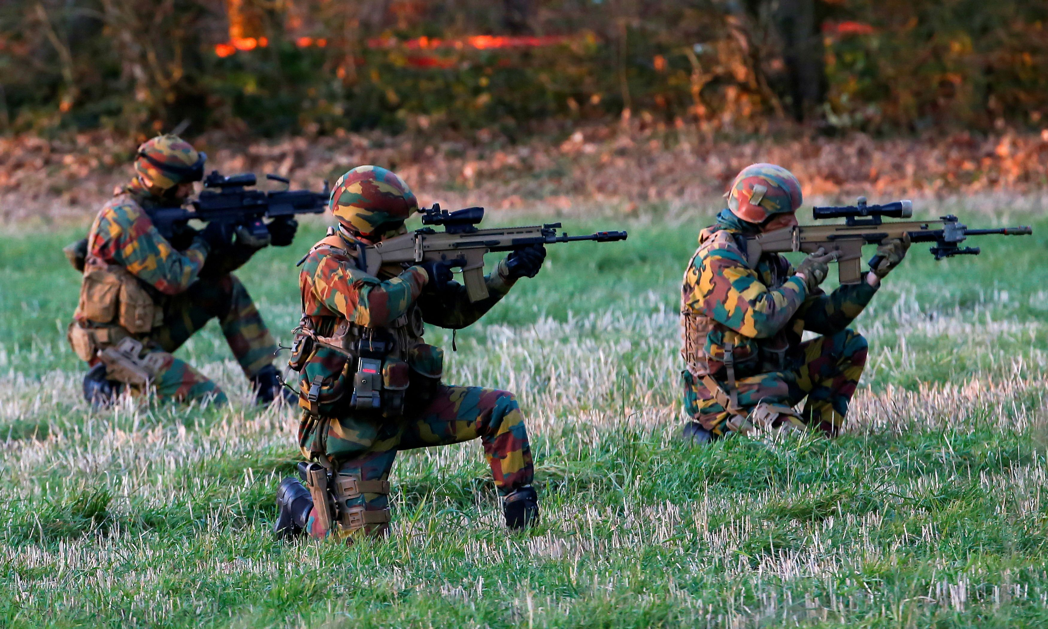 Belgian army Special Forces are seen during the Black Blade military exercise involving several European Union countries and organised by the European Defence Agency at Florennes airbase, Belgium November 30, 2016.  REUTERS/Yves Herman/File Photo