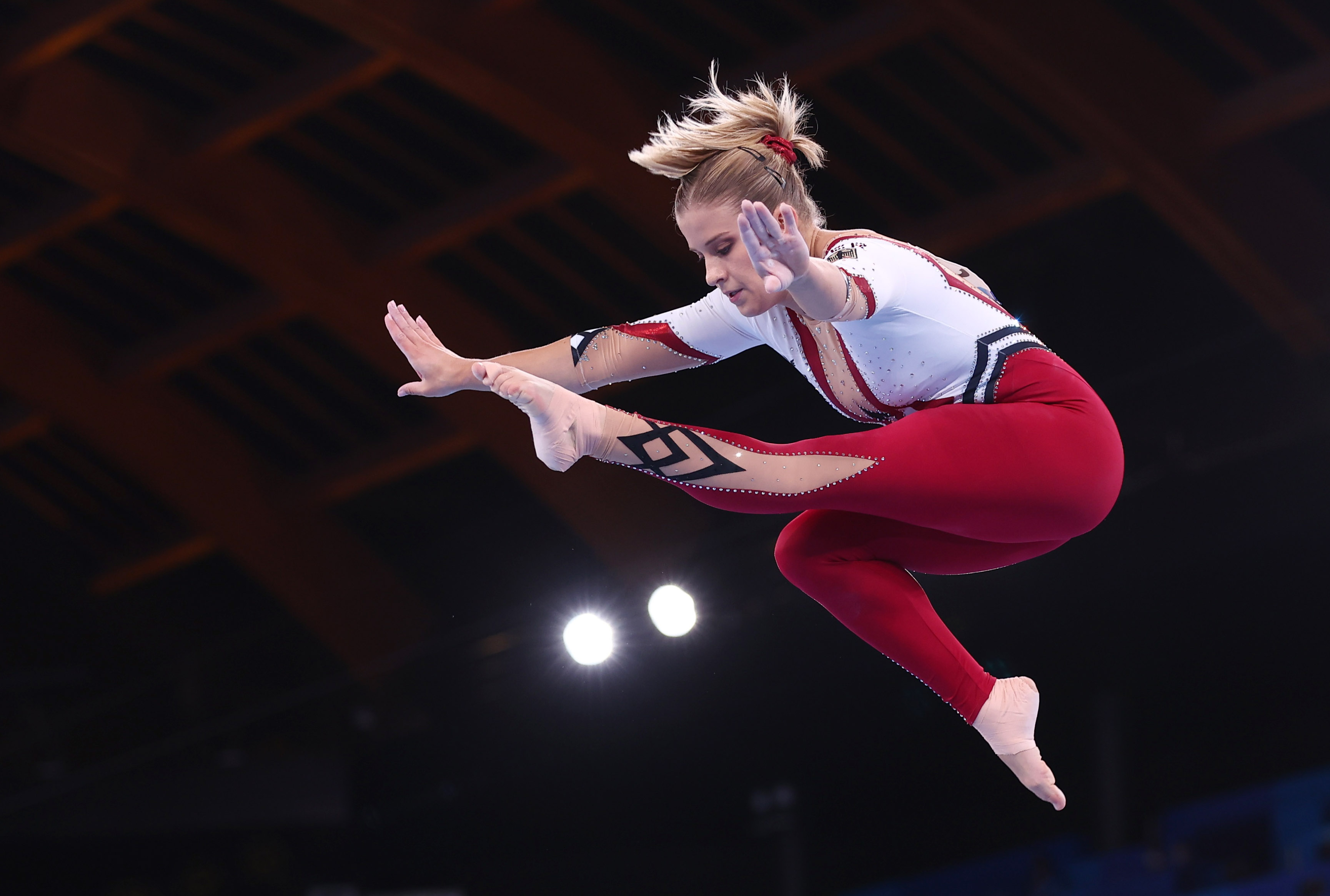 Tokyo 2020 Olympics - Gymnastics - Artistic - Women's Beam - Qualification - Ariake Gymnastics Centre, Tokyo, Japan - July 25, 2021. Elisabeth Seitz of Germany in action on the balance beam REUTERS/Mike Blake