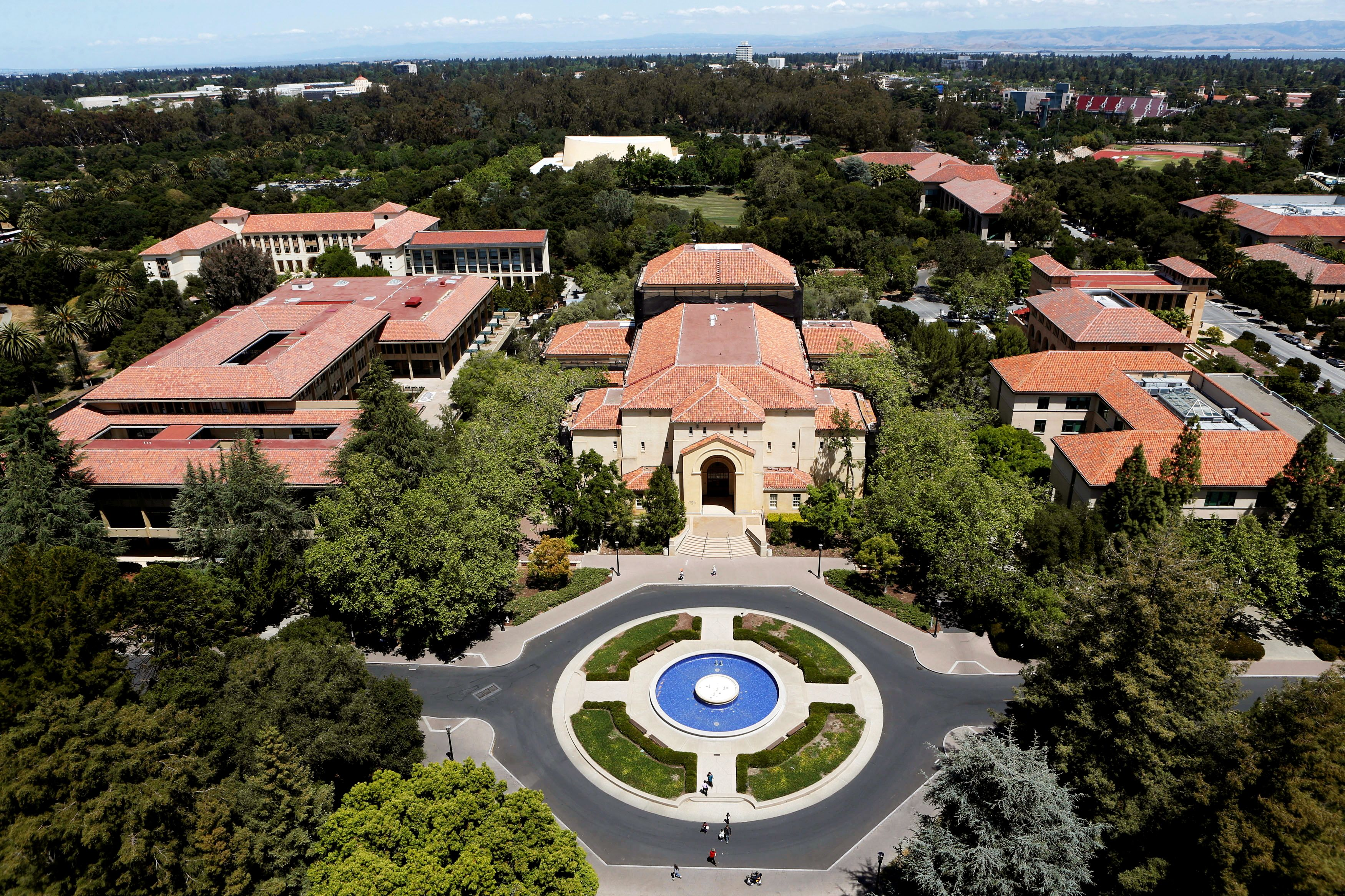 Stanford University's campus is seen from atop Hoover Tower in Stanford, California, U.S. on May 9, 2014.  REUTERS/Beck Diefenbach/File Photo