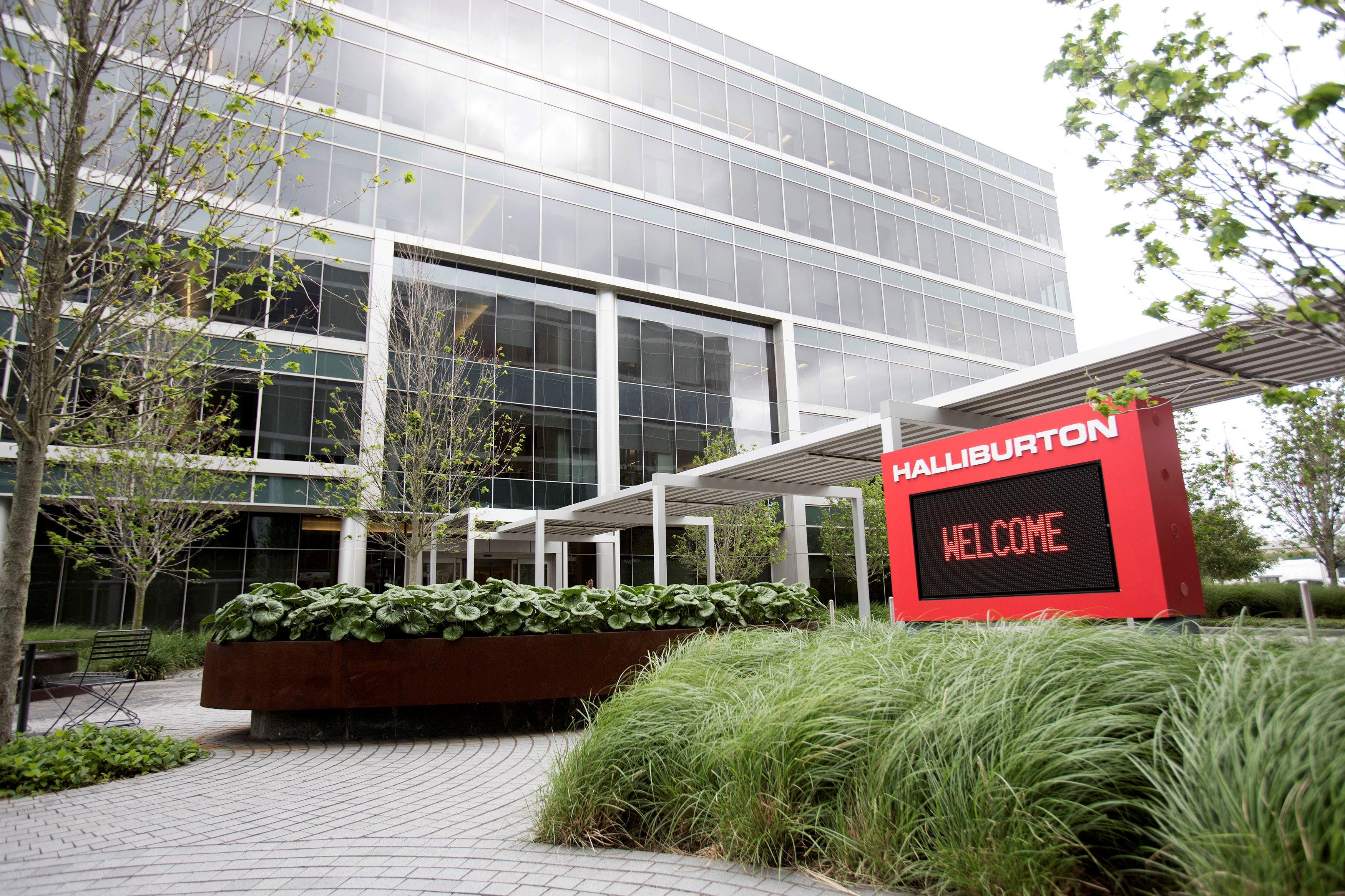 Halliburton's campus in Houston, Texas, U.S. May 18, 2017. REUTERS/Daniel Kramer