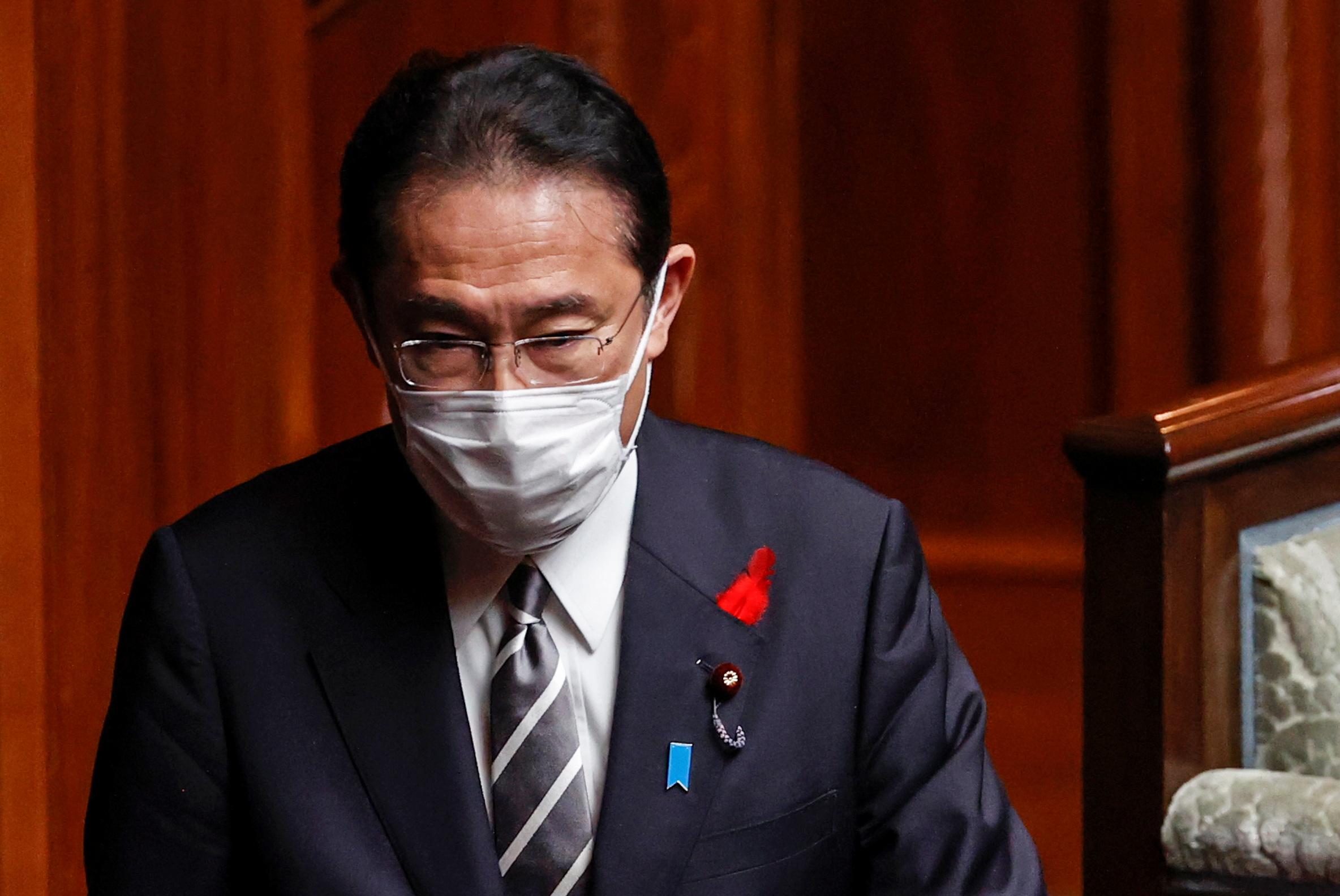 Japan's Prime Minister Fumio Kishida arrives at the Parliament in Tokyo, Japan October 14, 2021. REUTERS/Kim Kyung-Hoon