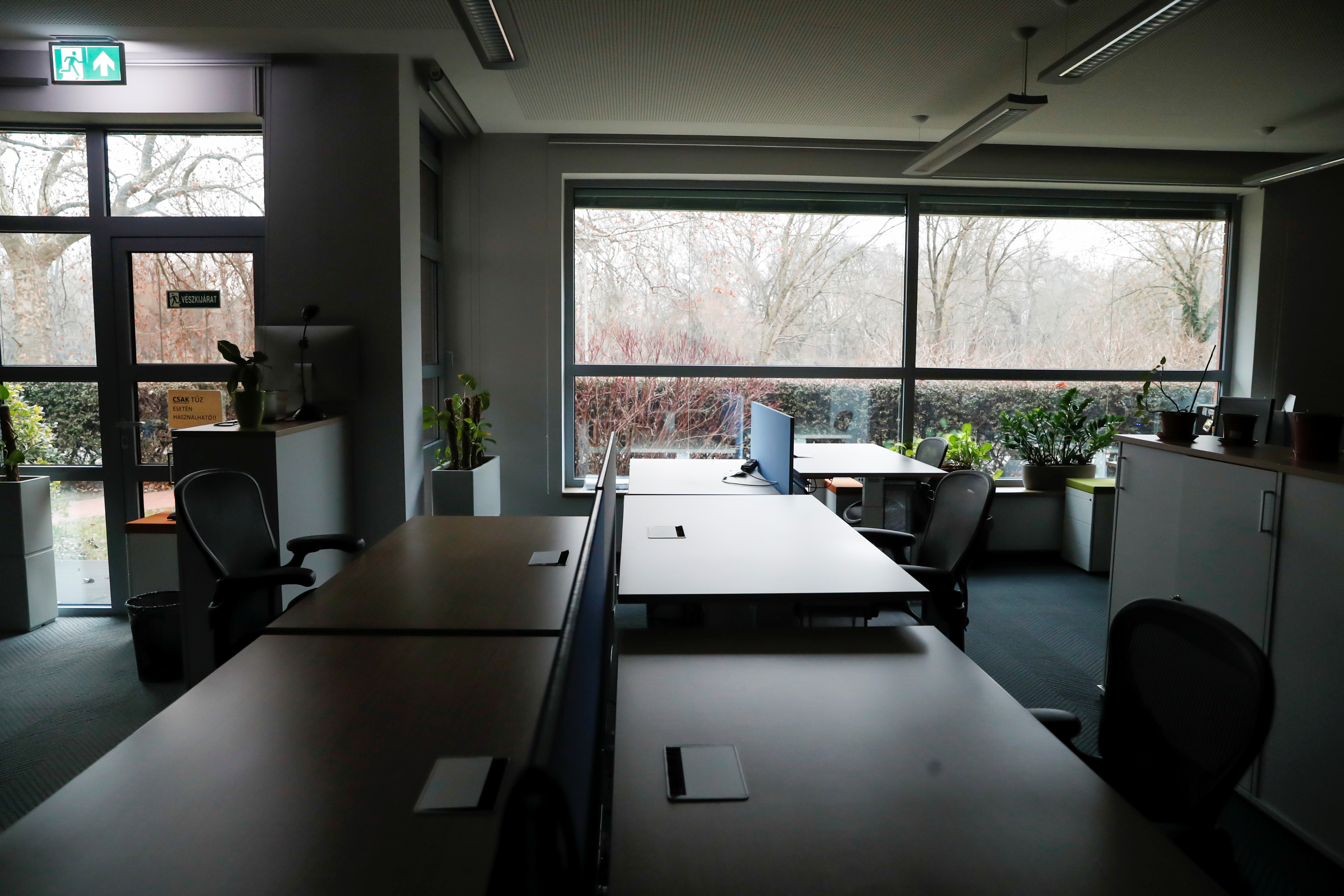 An empty office is pictured at Graphisoft HQ during the coronavirus disease (COVID-19) pandemic in Budapest, Hungary, January 28, 2021. Picture taken January 28, 2021. REUTERS/Bernadett Szabo - RC2PPL97OPNL