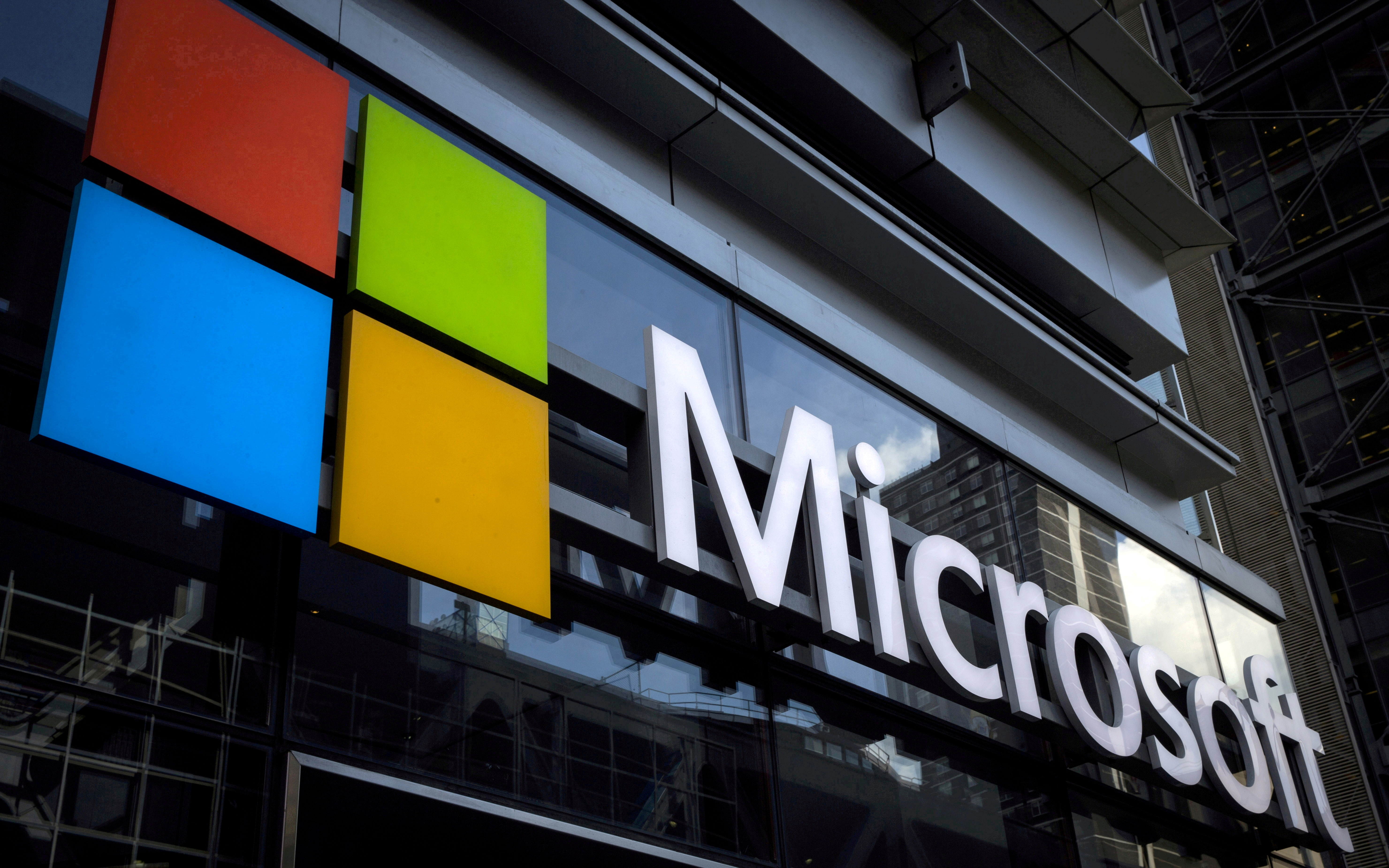 A Microsoft logo is seen on an office building in New York City, U.S. on July 28, 2015. REUTERS/Mike Segar