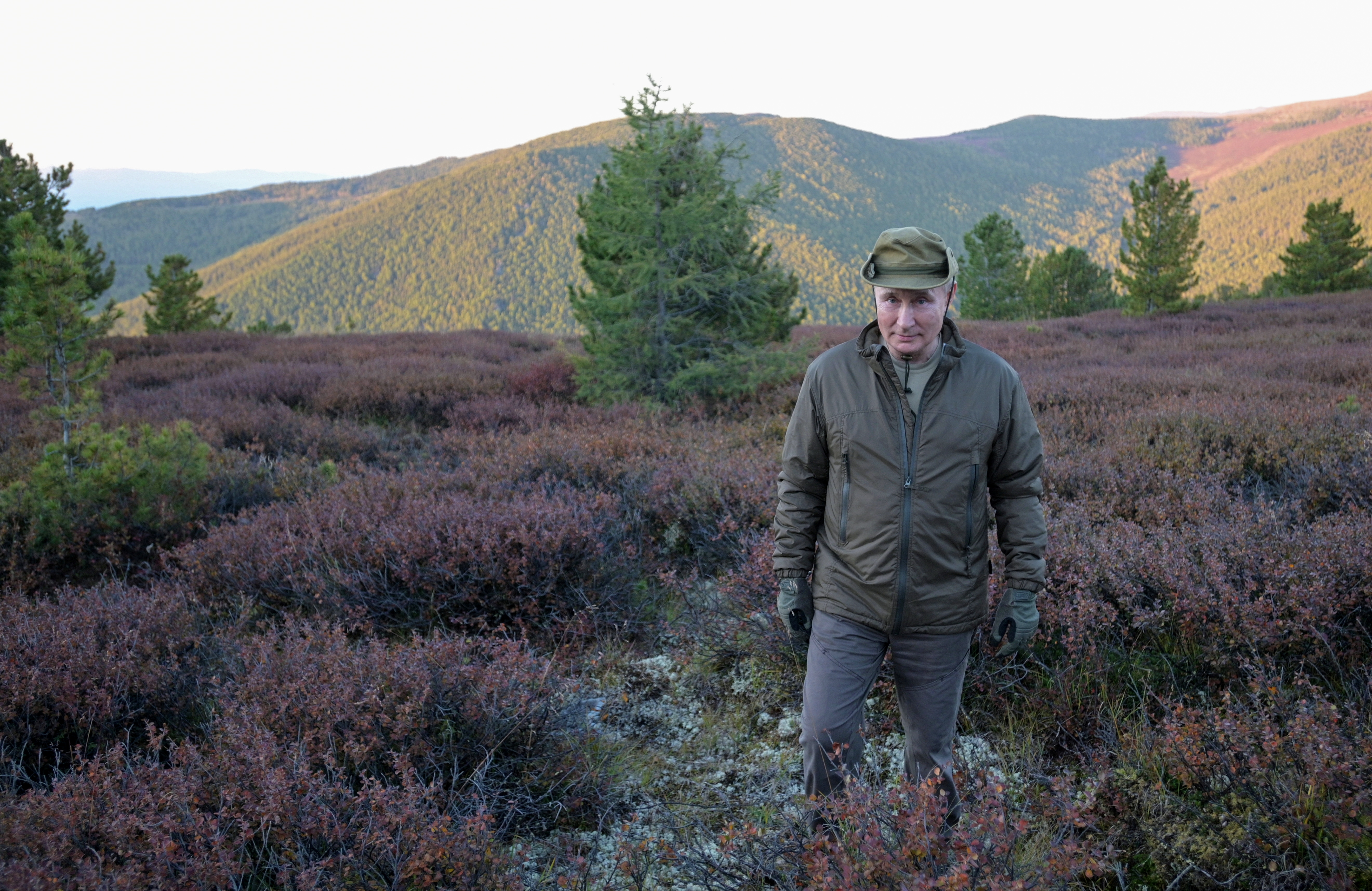 Russian President Vladimir Putin spends a short vacation at an unknown location in Siberia, Russia, in this undated photo taken in September 2021 and released September 26, 2021. Sputnik/Alexei Druzhinin/Kremlin via REUTERS