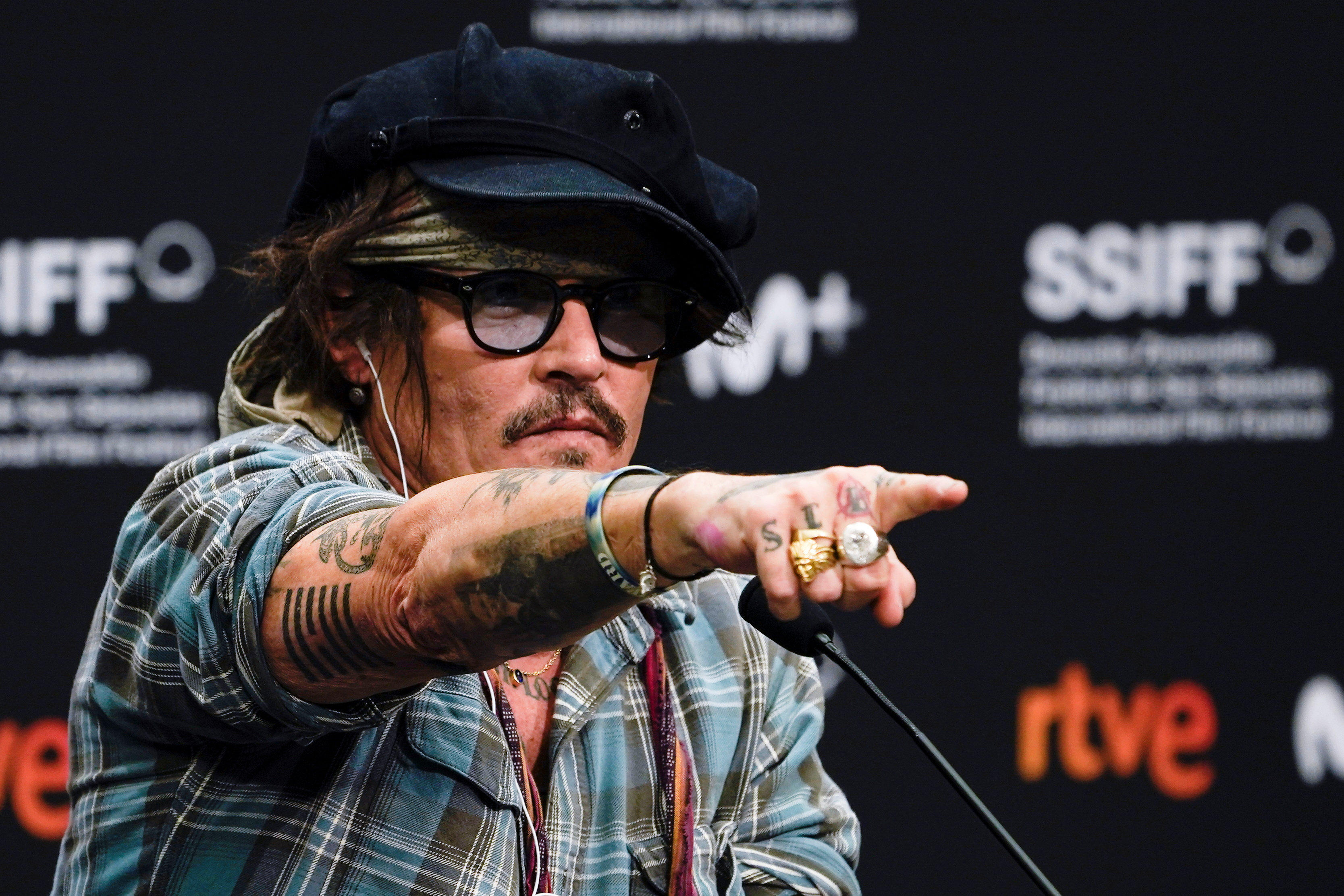 Actor Johnny Depp attends a news conference ahead of receiving the Donostia Award at the 69th San Sebastian International Film Festival, in San Sebastian, Spain, September 22, 2021. REUTERS/Vincent West