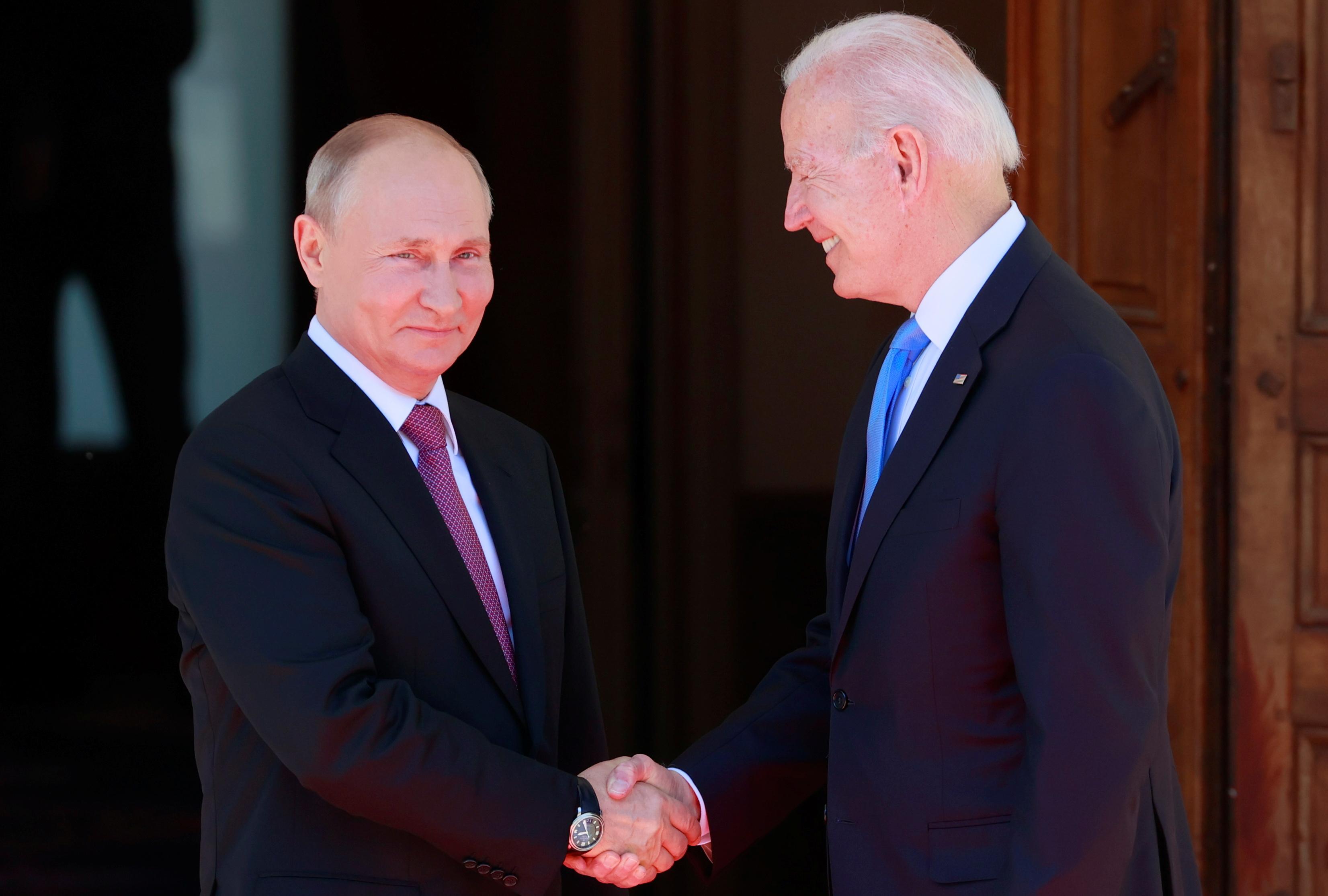 U.S. President Joe Biden and Russia's President Vladimir Putin shake hands during the U.S.-Russia summit at Villa La Grange in Geneva, Switzerland, June 16, 2021. REUTERS/Denis Balibouse/Pool