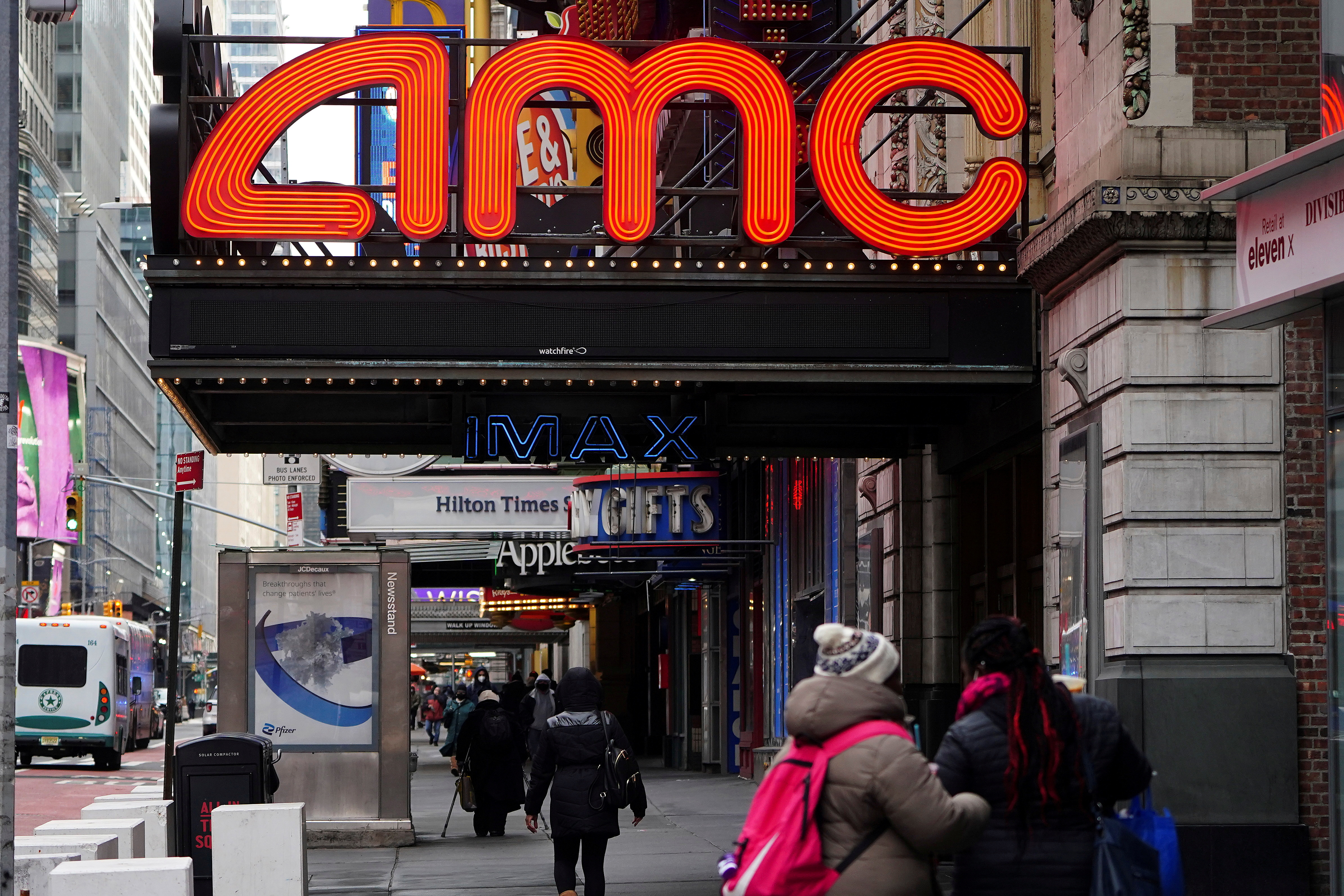 An AMC theatre is pictured amid the coronavirus disease (COVID-19) pandemic in the Manhattan borough of New York City, New York, U.S., January 27, 2021. REUTERS/Carlo Allegri/File Photo