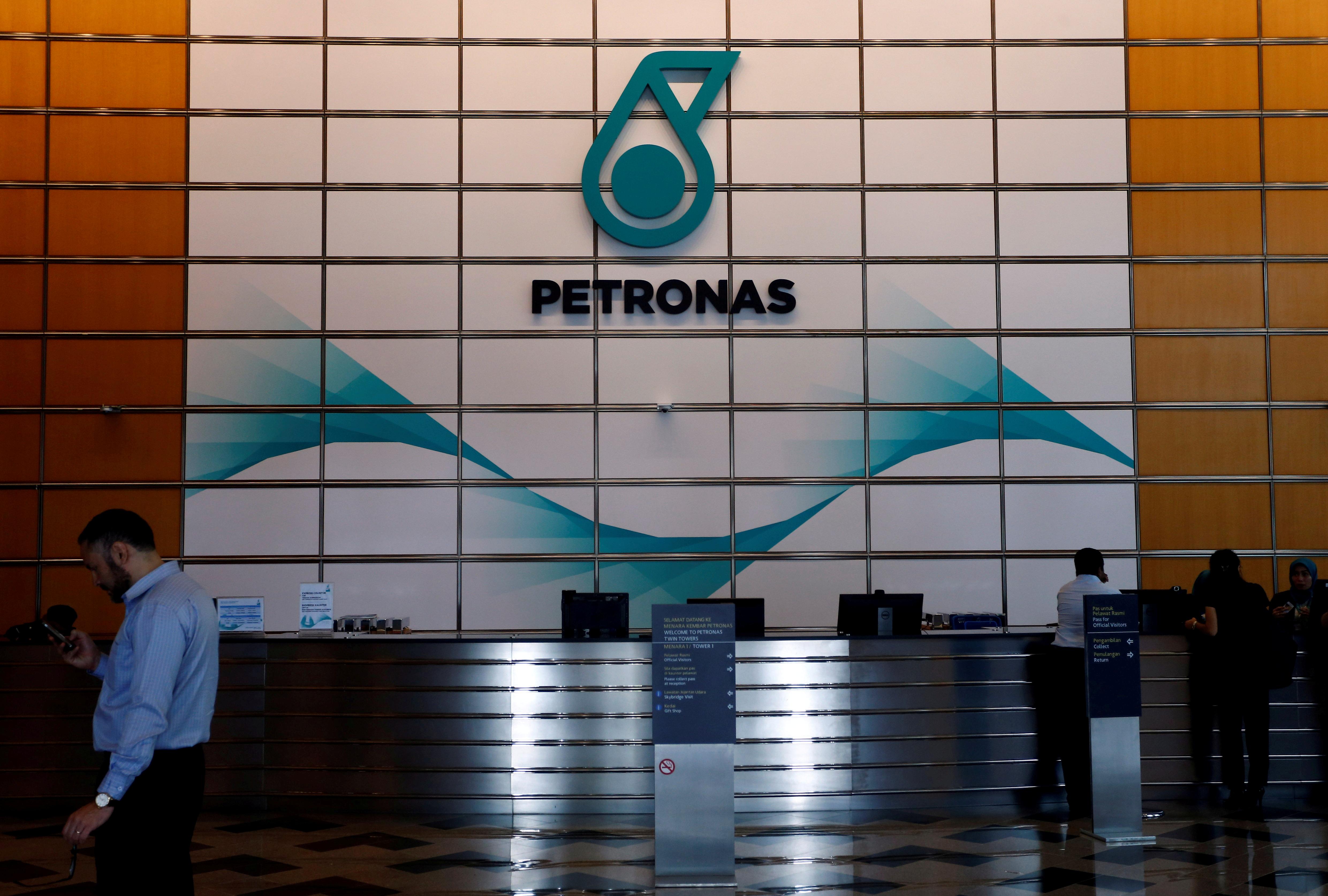 A Petronas logo at their office in Kuala Lumpur, Malaysia August 15, 2017. REUTERS/Lai Seng Sin/File Photo