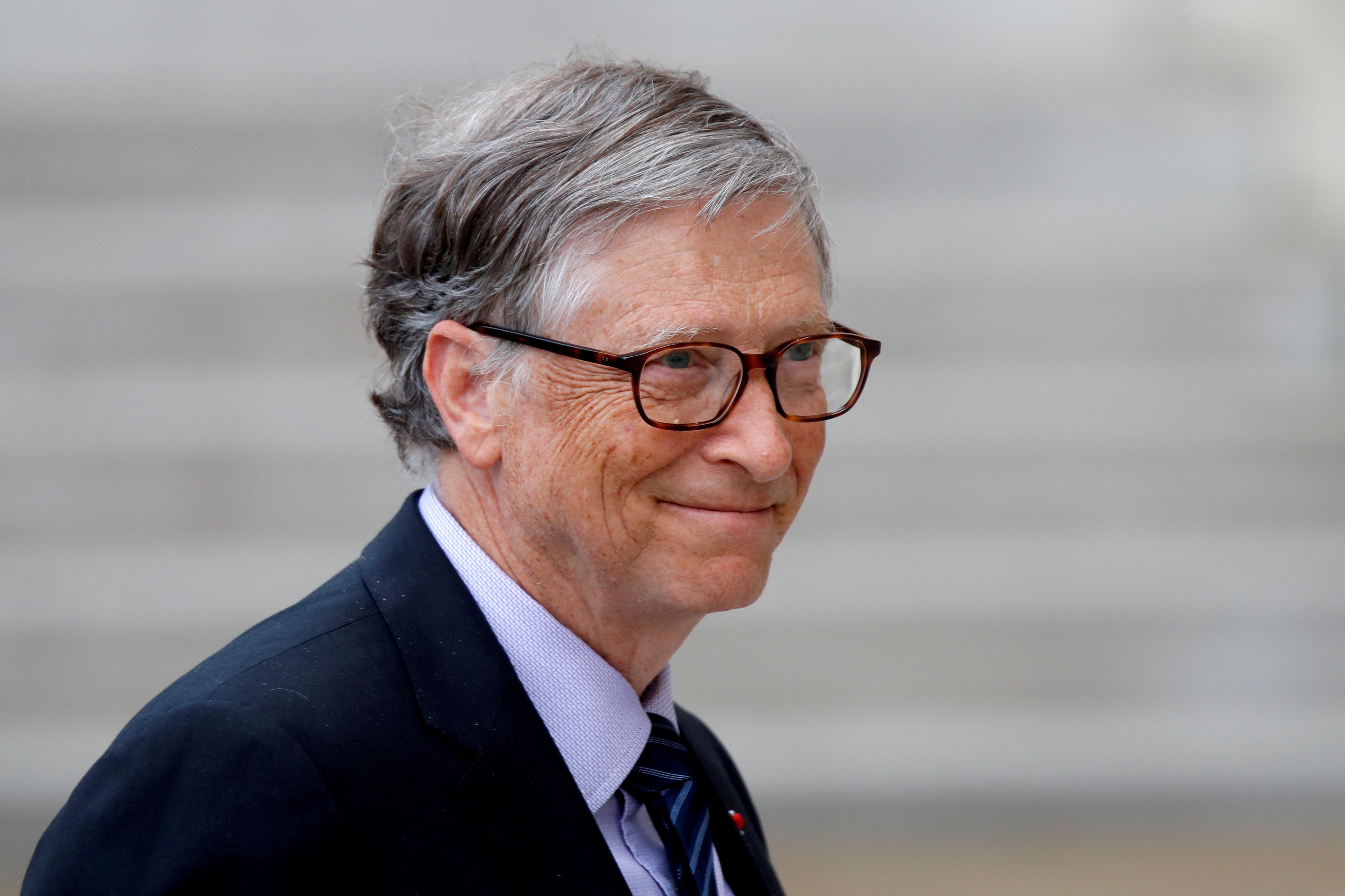 Bill Gates arrives at the Elysee Palace in Paris, France, April 16, 2018. REUTERS/Charles Platiau