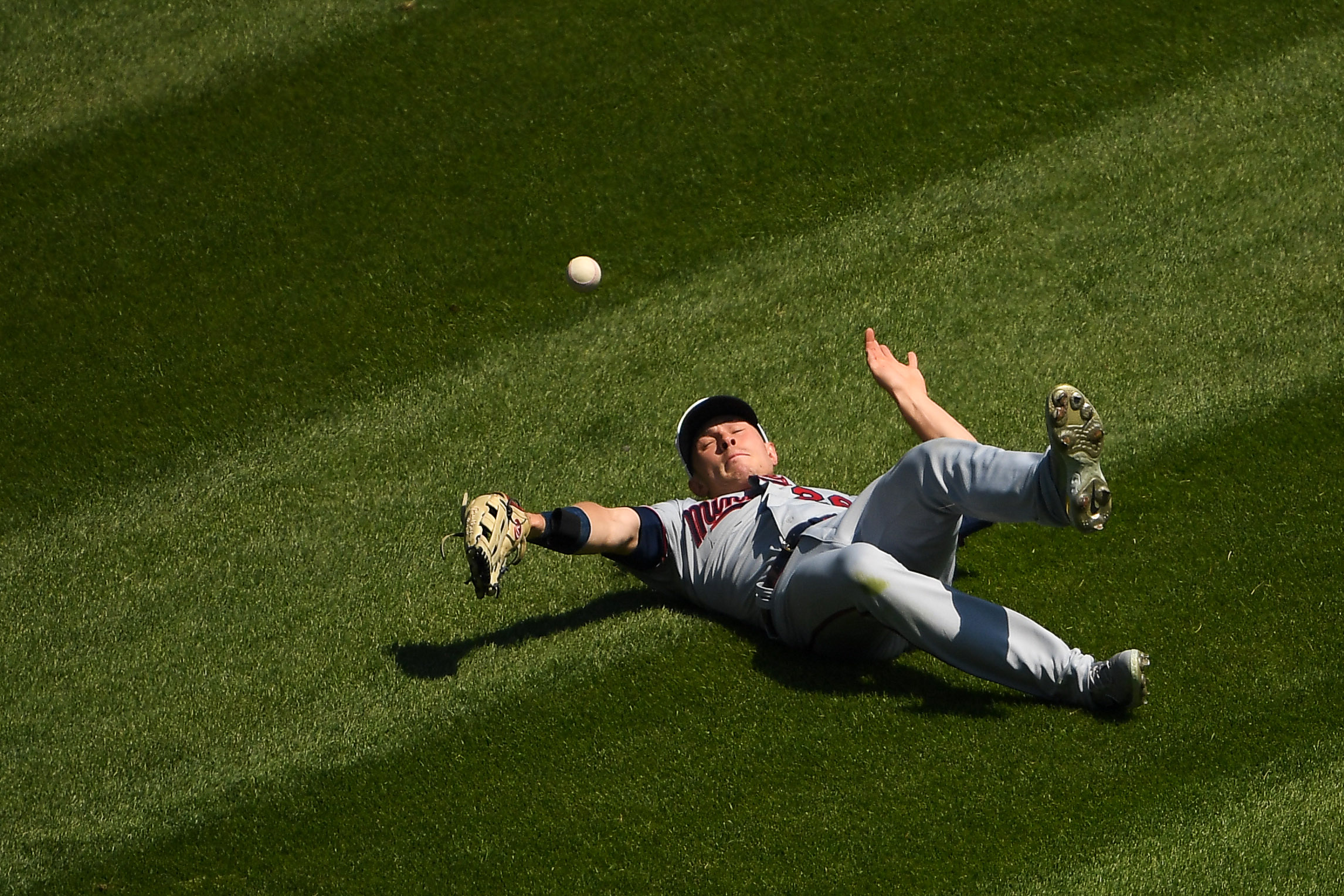 May 13, 2021; Chicago, Illinois, USA; Minnesota Twins center fielder Max Kepler (26) canÕt make the catch in the third inning against the Chicago White Sox at Guaranteed Rate Field. / Quinn Harris-USA TODAY Sports