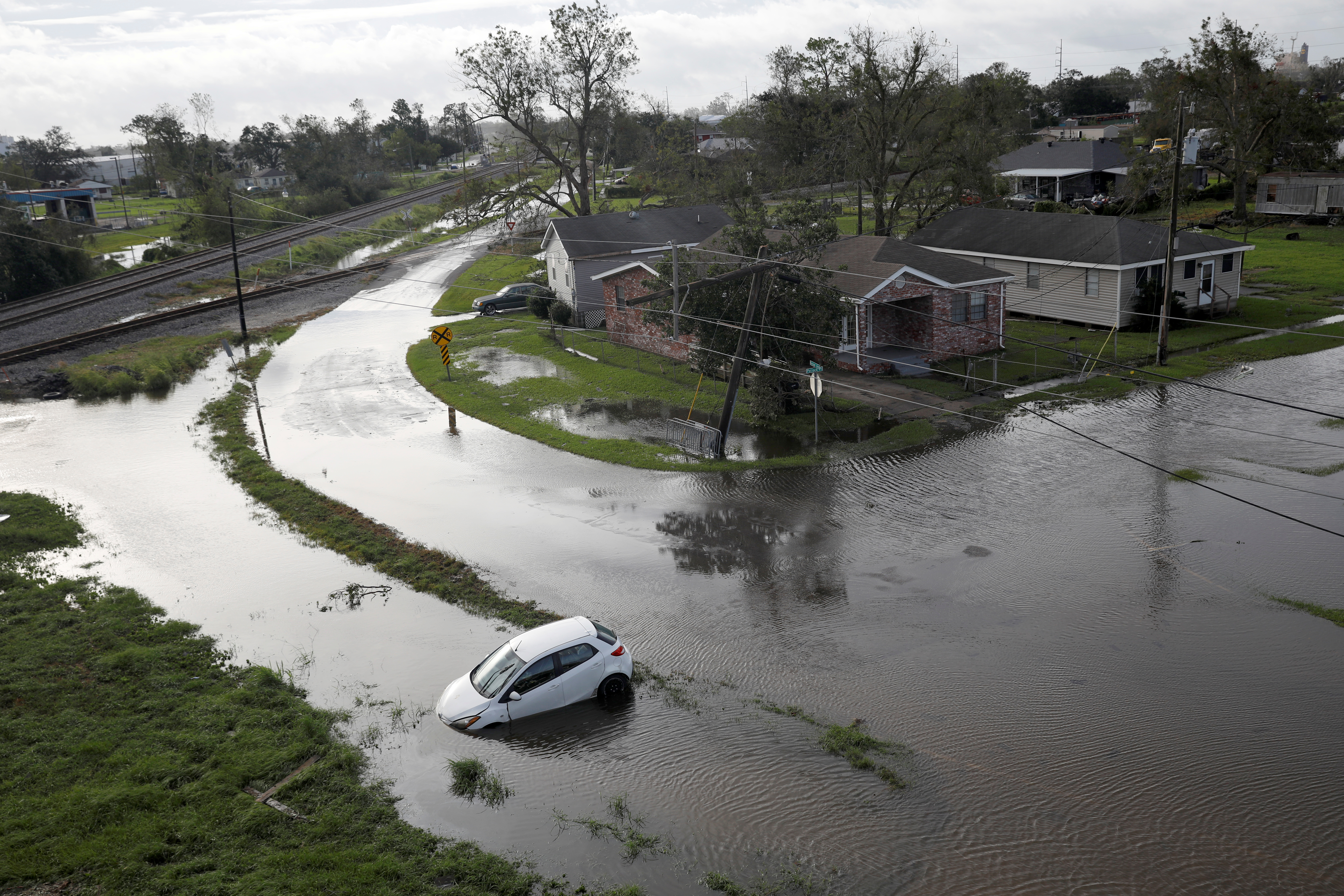 Flooded streets are pictured after Hurricane Ida made landfall in Louisiana, in Kenner, Louisiana, U.S. August 30, 2021. REUTERS/Marco Bello