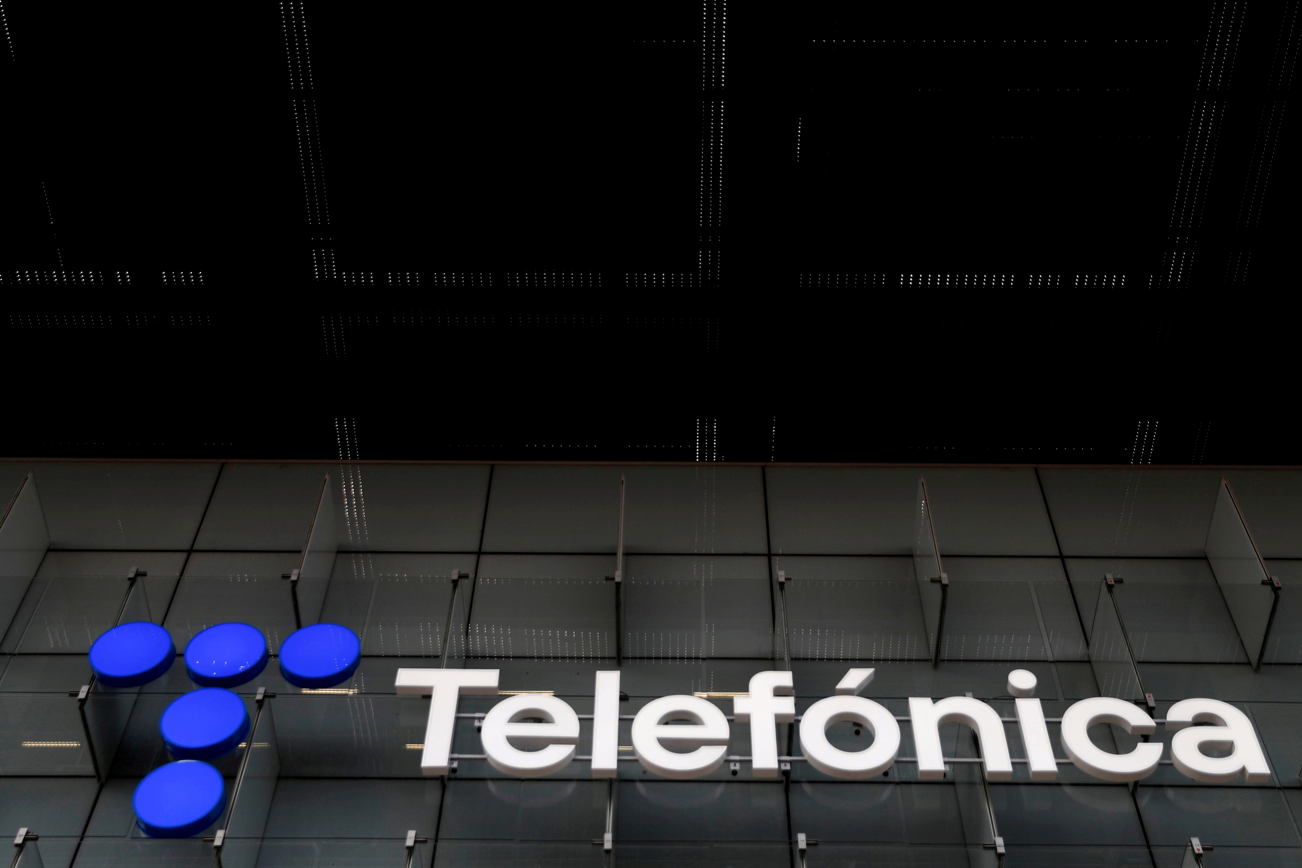 The logo of Spanish Telecom company Telefonica is seen at its headquarters in Madrid, Spain, May 12, 2021. REUTERS/Sergio Perez