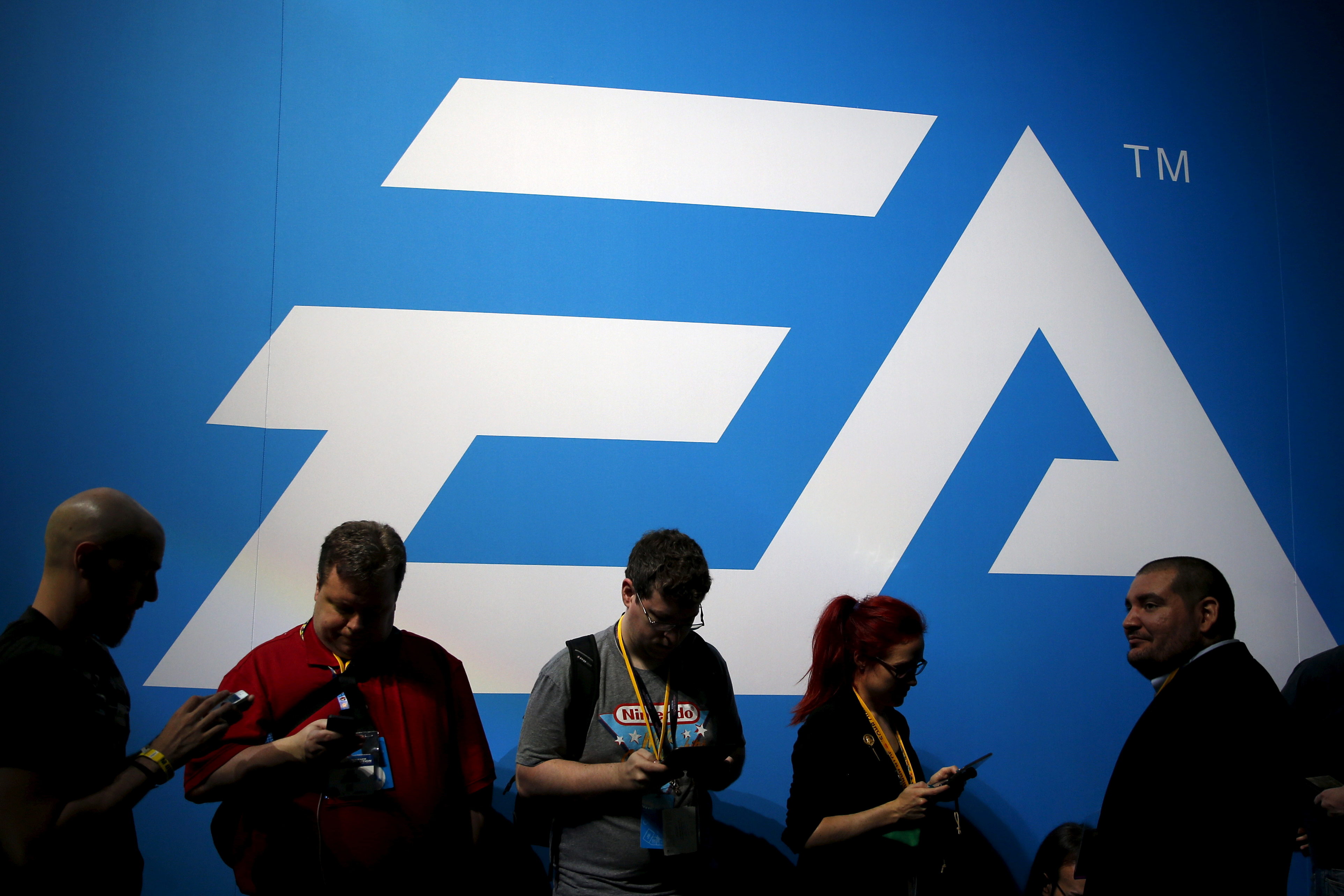 An Electronic Arts (EA) video game logo is seen at the Electronic Entertainment Expo, or E3, in Los Angeles, California, United States, June 17, 2015.   REUTERS/Lucy Nicholson/File Photo  GLOBAL BUSINESS WEEK AHEAD