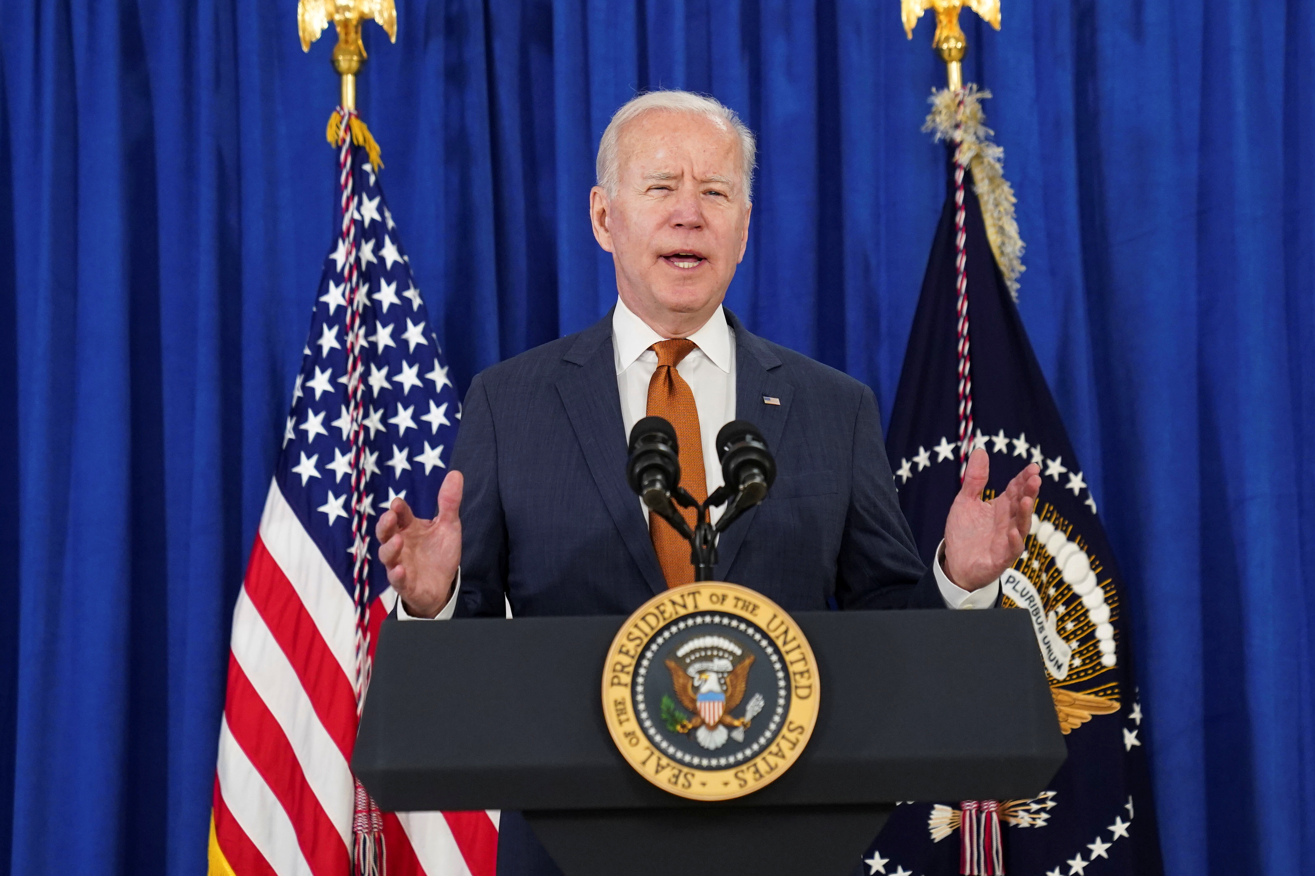 U.S. President Joe Biden delivers remarks on the May jobs report after U.S. employers boosted hiring amid the easing coronavirus disease (COVID-19) pandemic, at the Rehoboth Beach Convention Center in Rehoboth Beach, Delaware, U.S., June 4, 2021. REUTERS/Kevin Lamarque