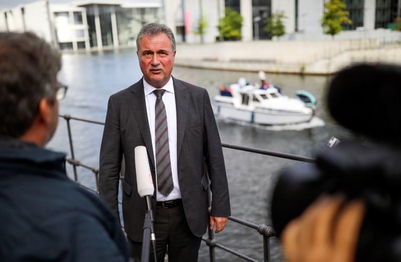 Claus Weselsky, předseda odboru strojvedoucích GDL, se účastní rozhovoru s agenturou Reuters v Berlíně, Německo, 11. srpna 2021. REUTERS/Hannibal Hanschke