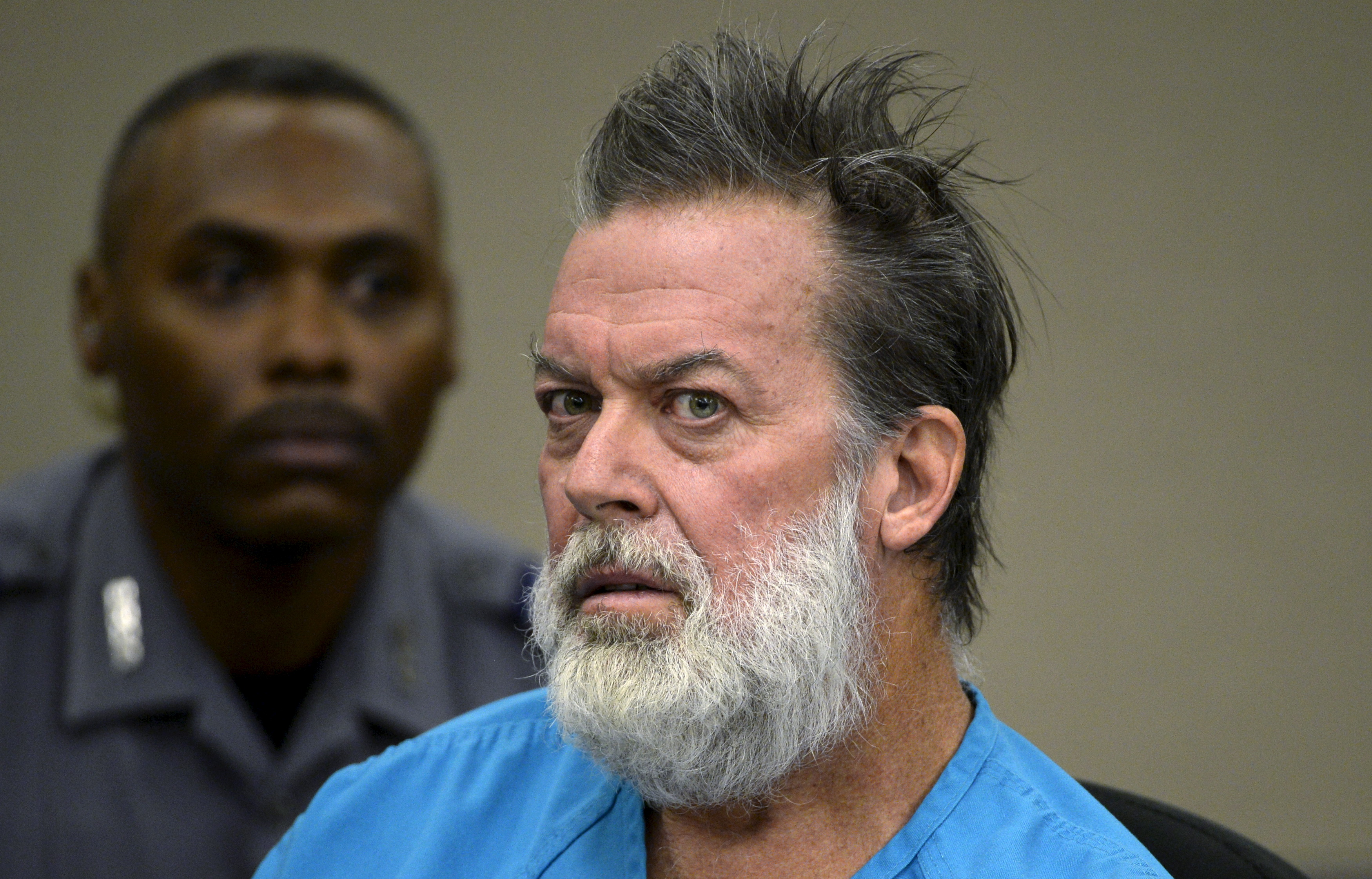 Robert Lewis Dear, accused of shooting three people to death and wounding nine others at a Planned Parenthood clinic in Colorado, attends a hearing in Colorado Springs, Colorado, U.S. December 9, 2015.   REUTERS/Andy Cross