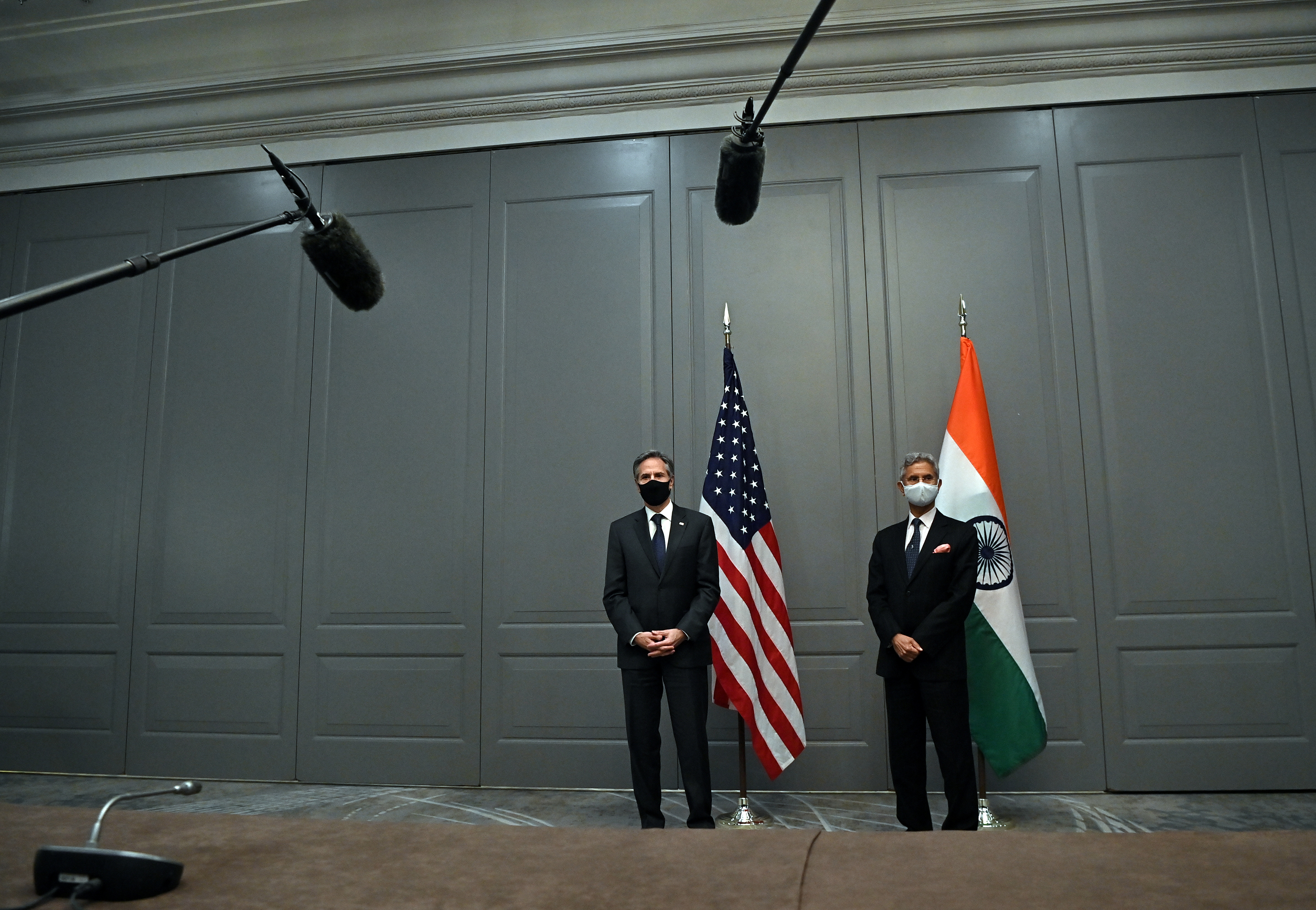 U.S. Secretary of State Antony Blinken attends a news conference with India's Foreign Minister Subrahmanyam Jaishankar following a bilateral meeting in London, Britain May 3, 2021 during the G7 foreign ministers meeting. Ben Stansall/Pool via REUTERS