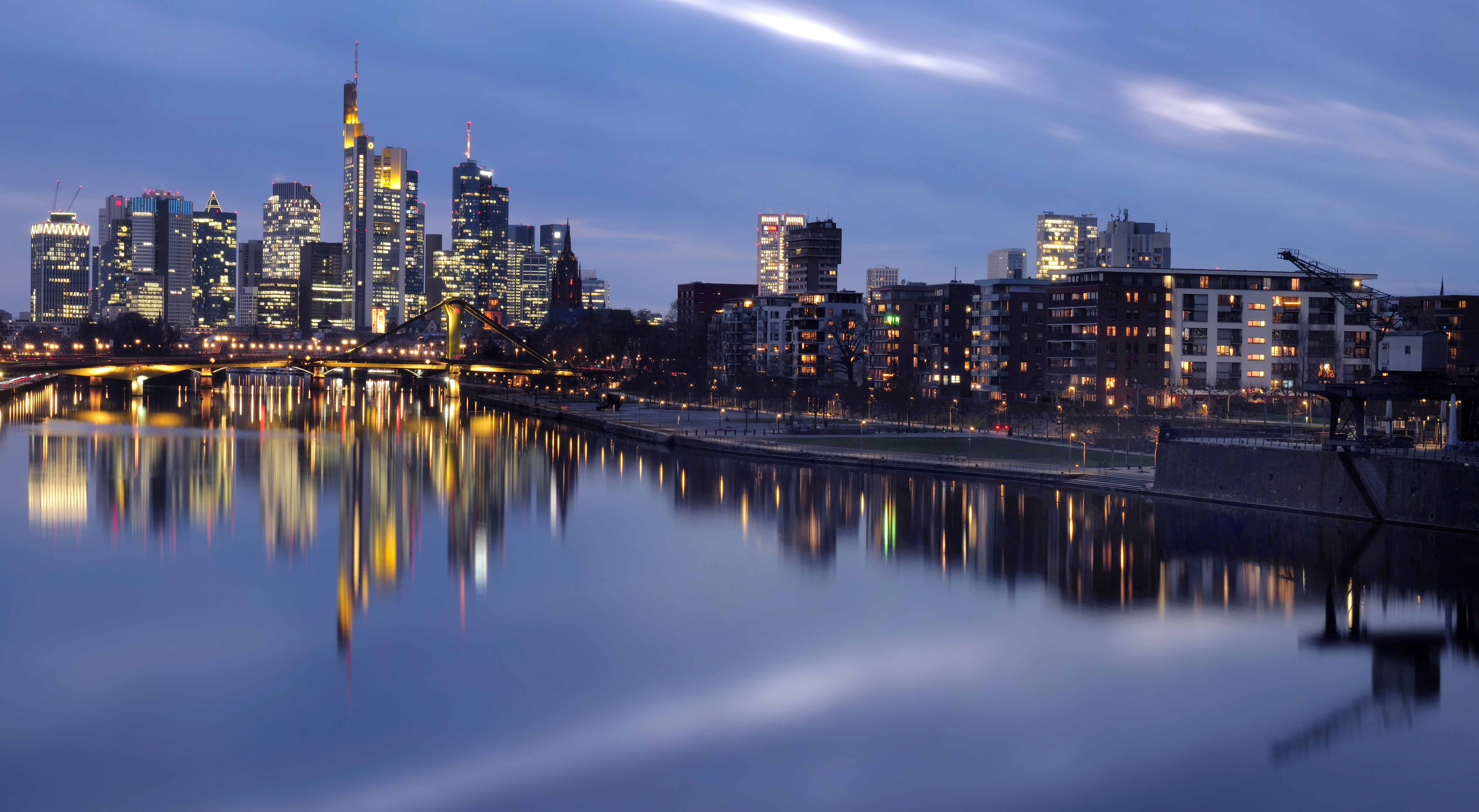 The skyline with its financial district is photographed as the spread of the coronavirus disease (COVID-19) continues during an extended lockdown in Frankfurt, Germany, January 14, 2021.  REUTERS/Kai Pfaffenbach