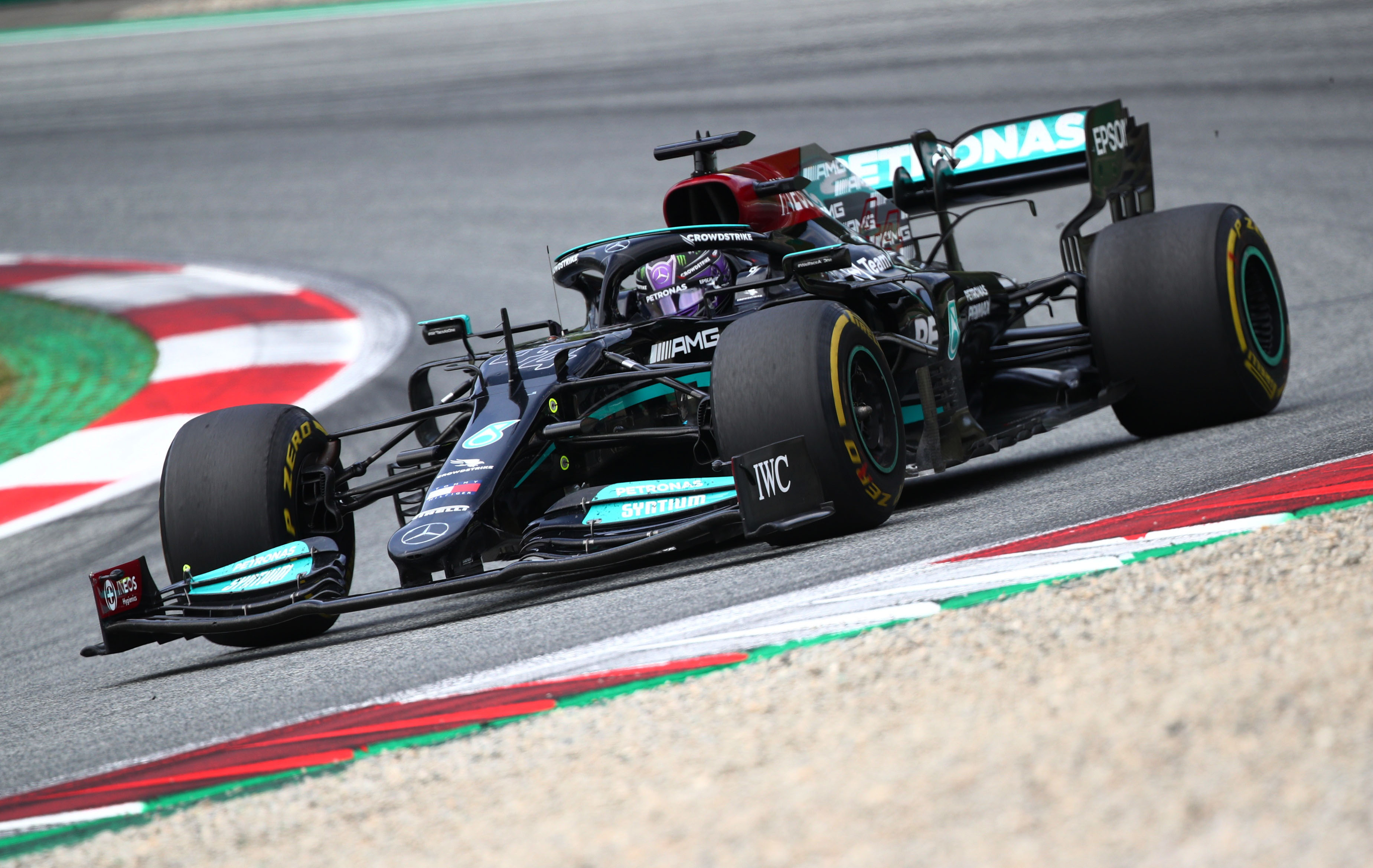 Formula One F1 - Austrian Grand Prix - Red Bull Ring, Spielberg, Styria, Austria - July 4, 2021 Mercedes' Lewis Hamilton during the race REUTERS/Lisi Niesner