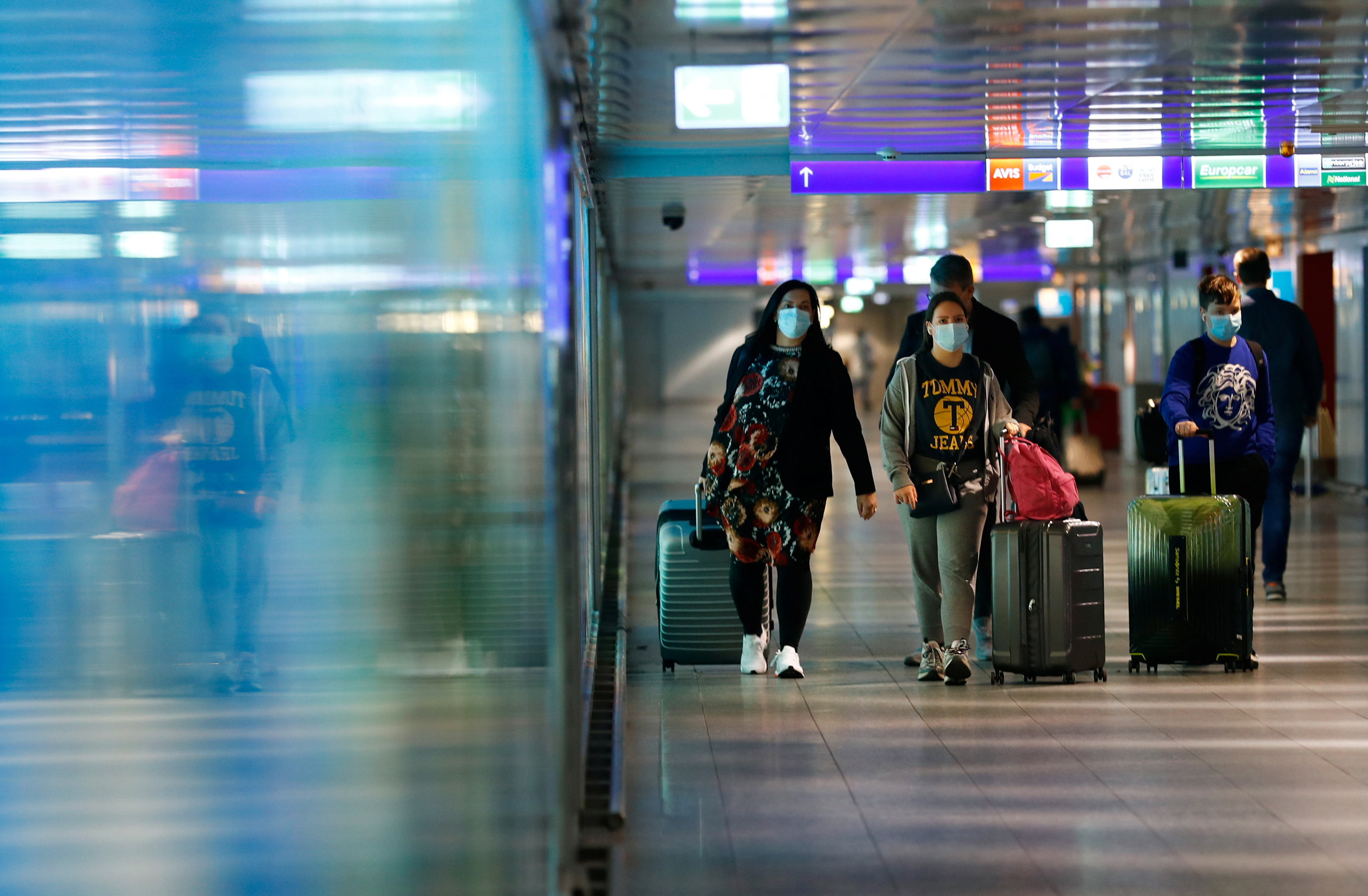 Germany relaxes restrictions for travelers from UK and other ...