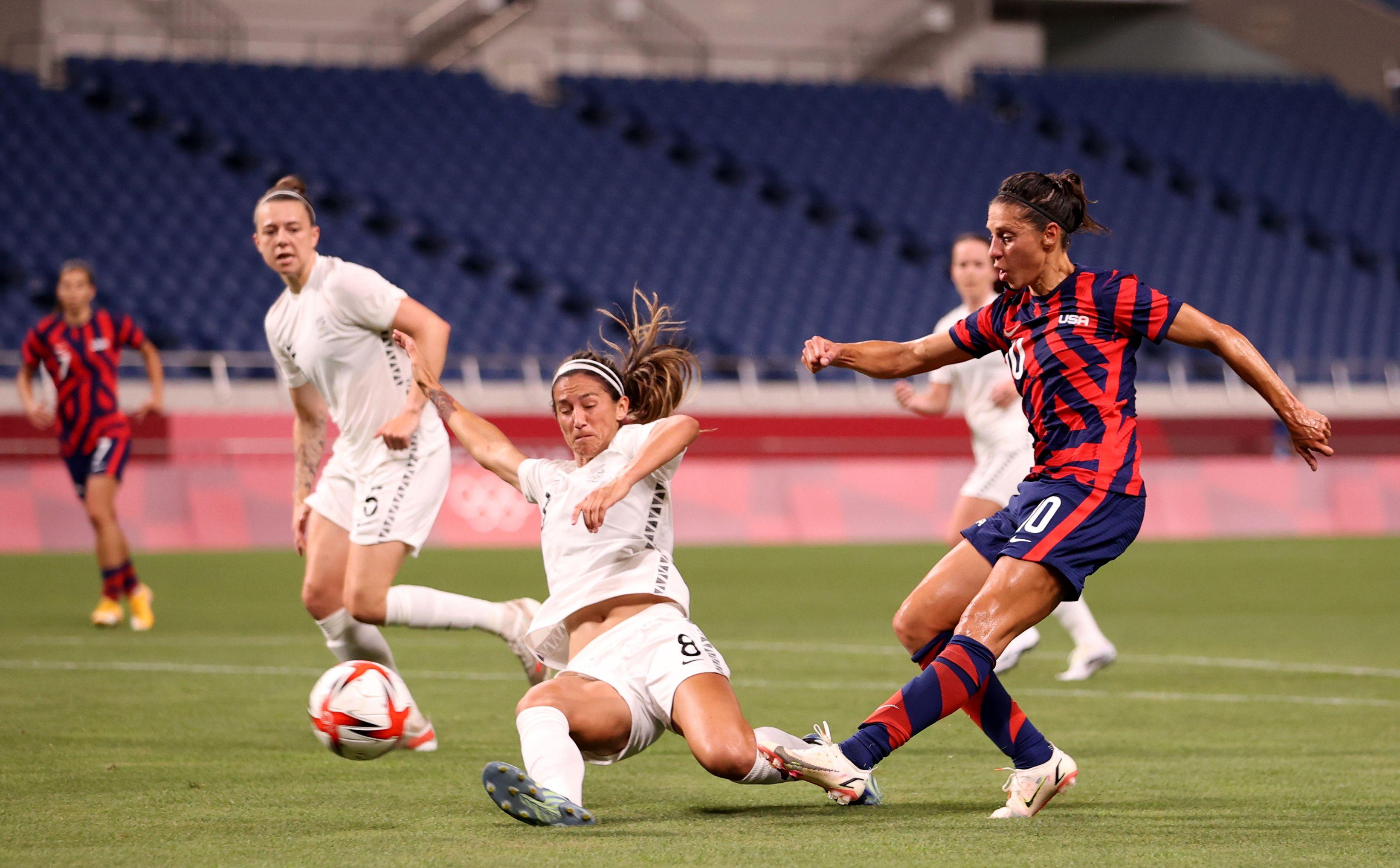 Tokyo 2020 Olympics - Soccer Football - Women - Group G - New Zealand v United States - Saitama Stadium, Saitama, Japan - July 24, 2021. Carli Lloyd of the United States shoots at goal REUTERS/Molly Darlington