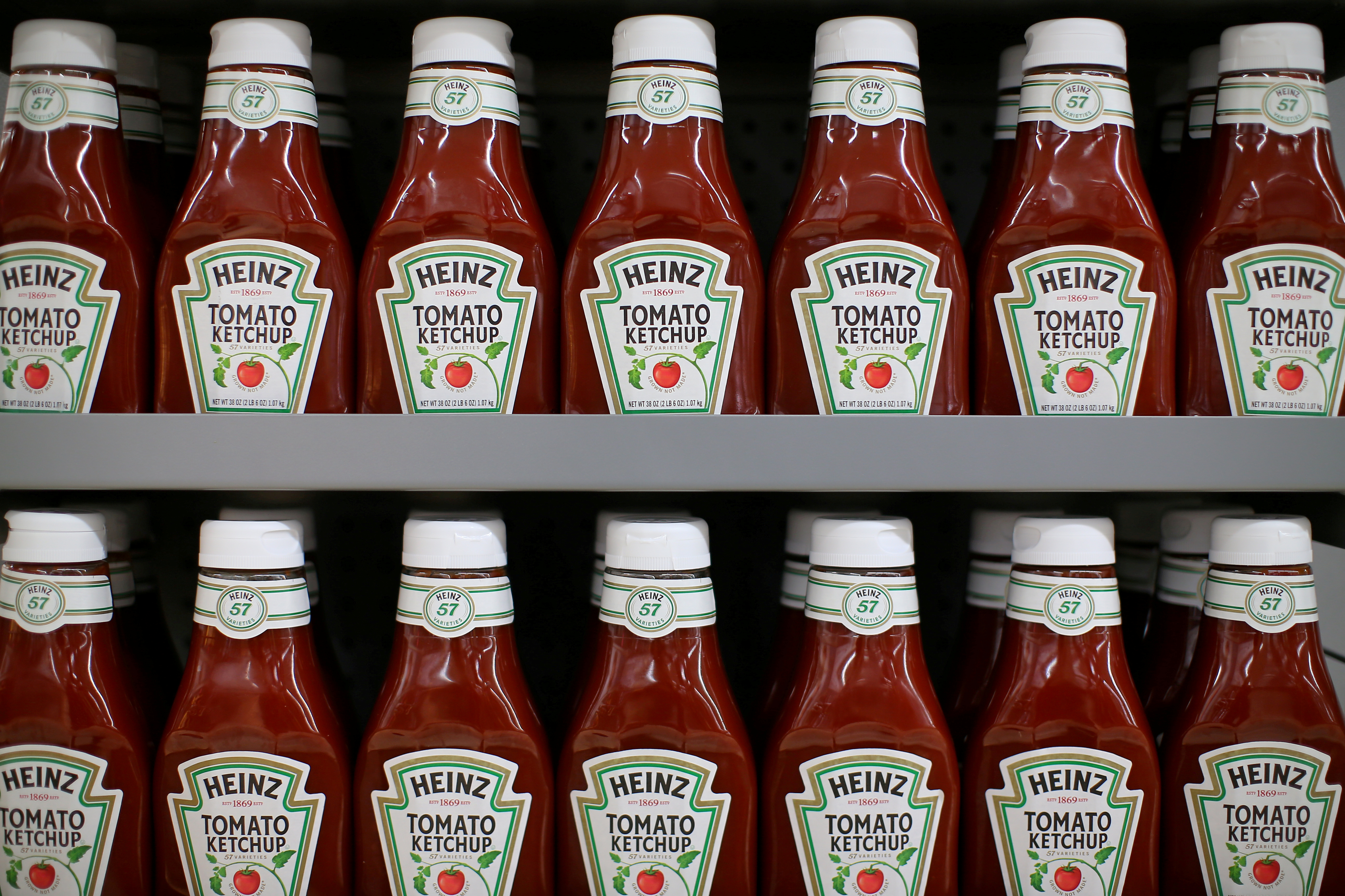 Heinz tomato ketchup is show on display during a preview of a new Walmart Super Center prior to its opening in Compton, California, U.S., January 10, 2017.  REUTERS/Mike Blake