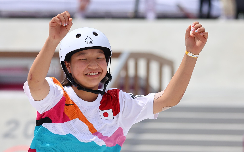 Tokyo 2020 Olympics - Skateboarding - Women's Street - Final - Ariake Urban Sports Park - Tokyo, Japan - July 26, 2021. Gold medalist Momiji Nishiya of Japan celebrates. REUTERS/Lucy Nicholson