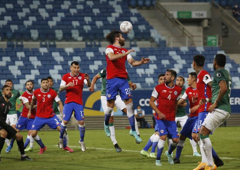 Soccer Football - Copa America 2021 - Group A - Chile v Bolivia - Arena Pantanal, Cuiaba, Brazil - June 18, 2021 Chile's Ben Brereton in action REUTERS/Carla Carniel