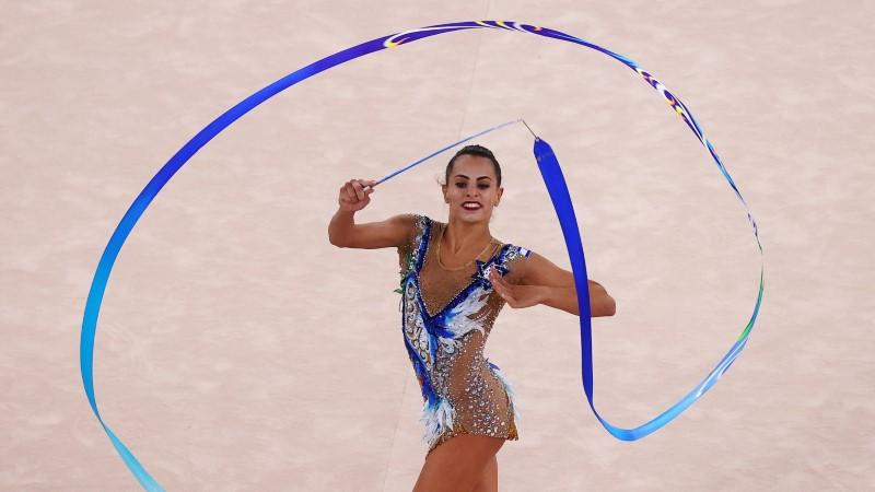 Tokyo 2020 Olympics - Gymnastics - Rhythmic - Individual All-Around - Final - Rotation 4 - Ariake Gymnastics Centre, Tokyo, Japan - August 7, 2021. Linoy Ashram of Israel in action with ribbon REUTERS/Lindsey Wasson