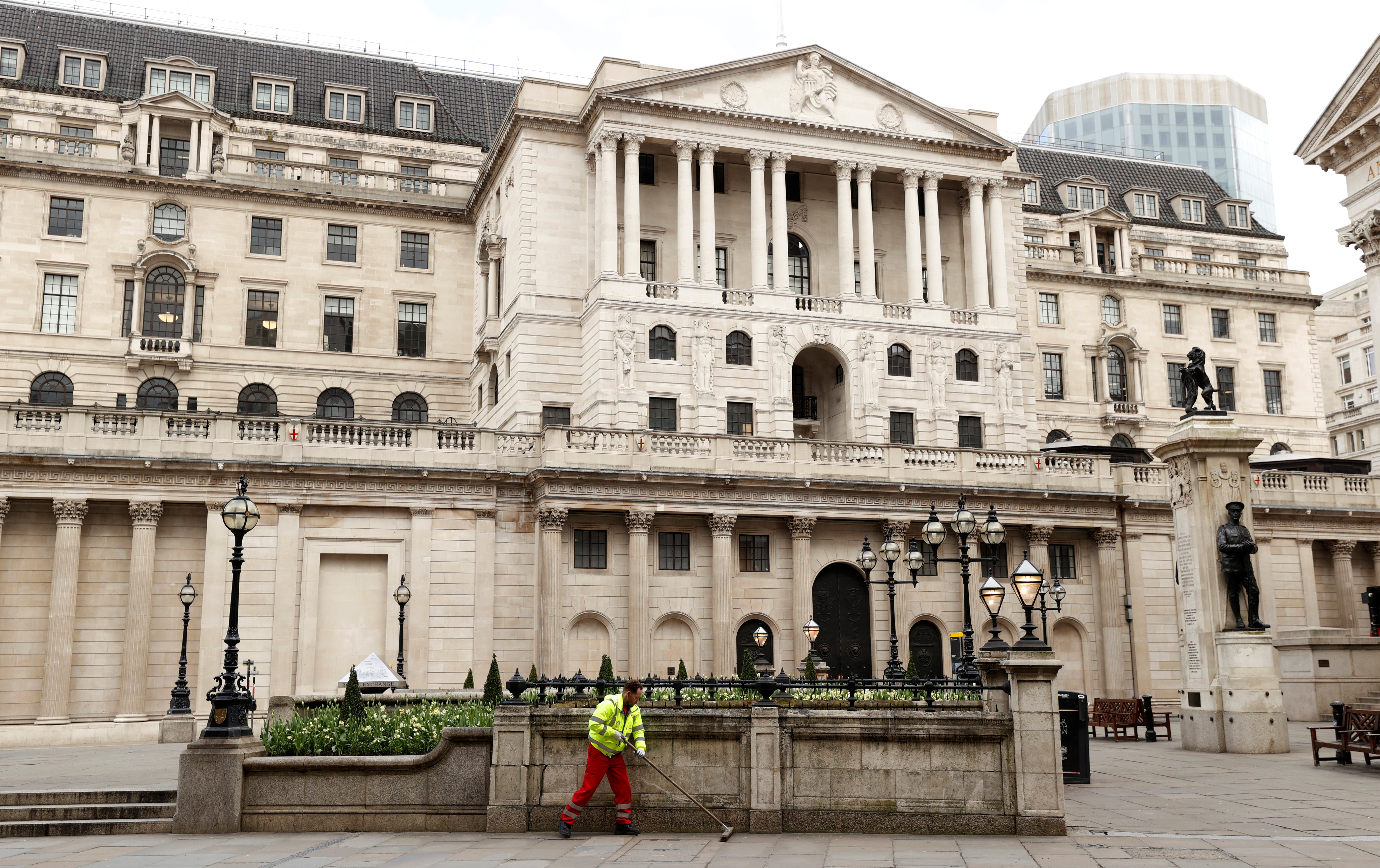 BoE sees growing case for rate rise as inflation to stay higher for longer