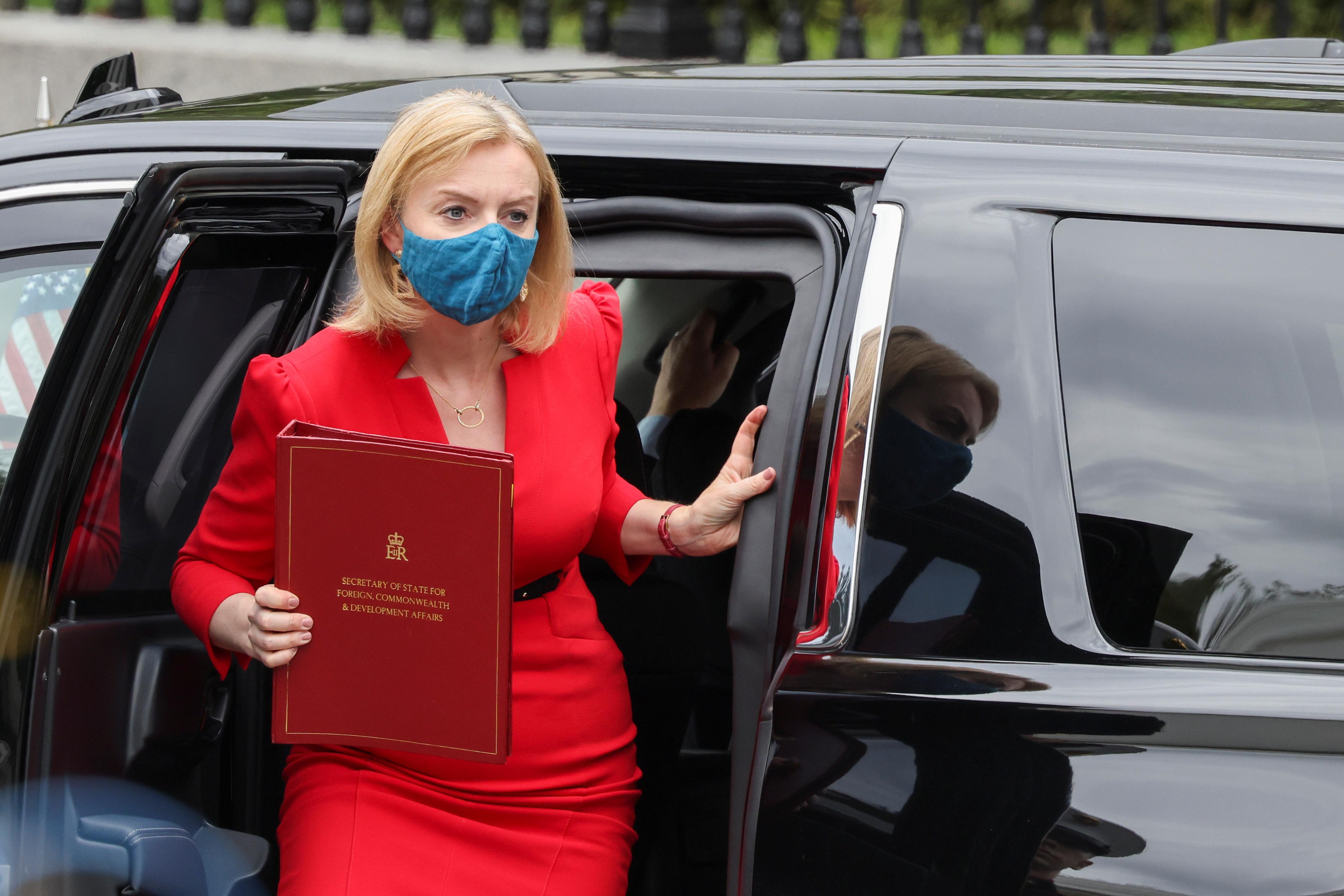 British Foreign Secretary Elizabeth Truss arrives at the White House in Washington, U.S., September 21, 2021. REUTERS/Evelyn Hockstein