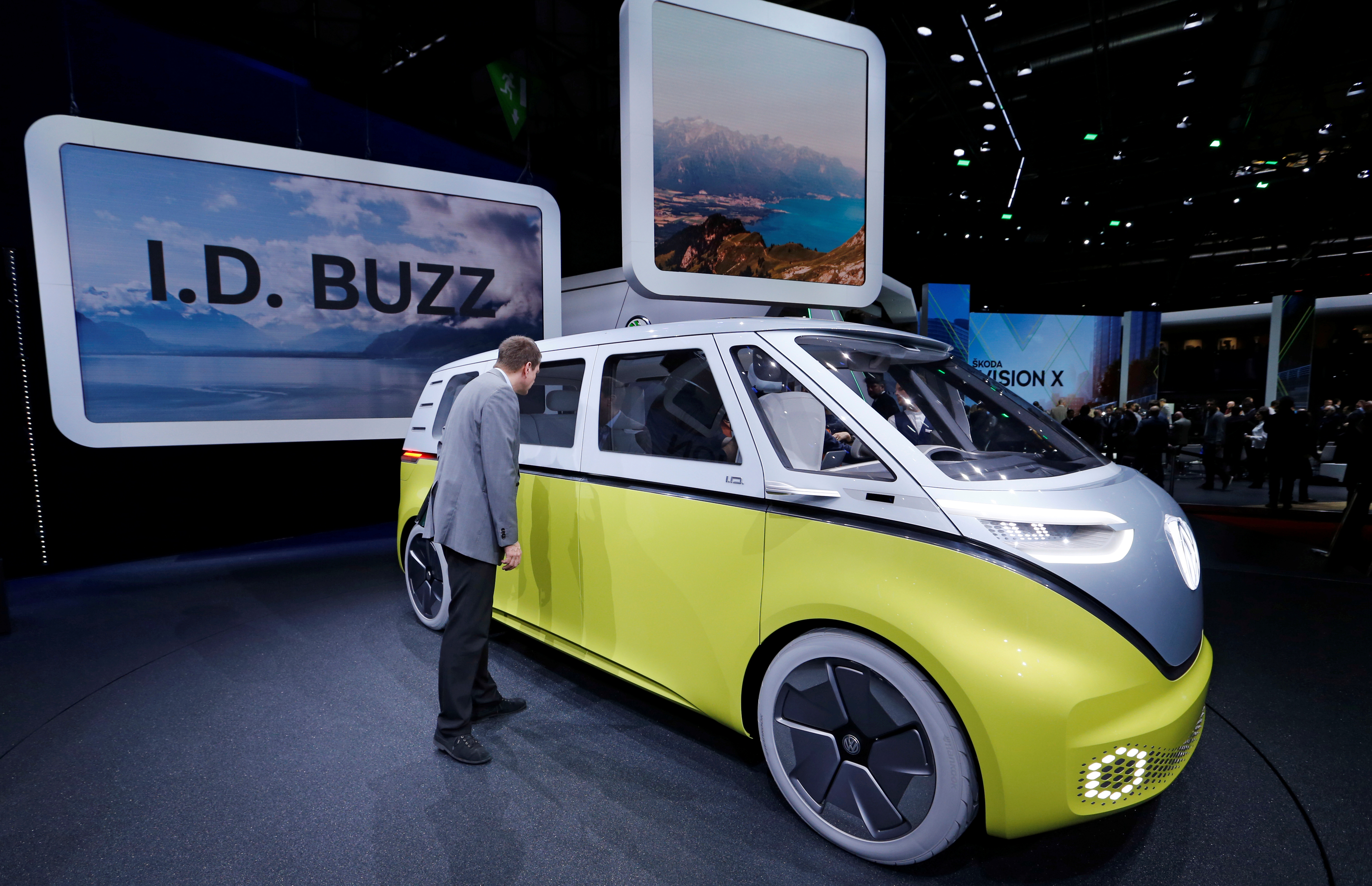 The Volkswagen I.D. Buzz is seen during the 88th International Motor Show at Palexpo in Geneva, Switzerland, March 6, 2018.  REUTERS/Denis Balibouse